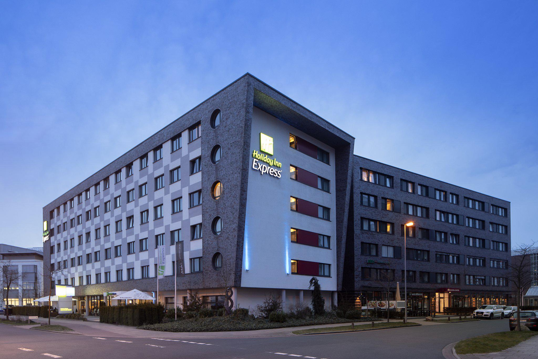 Holiday Inn Express Bremen Airport, Hanna-Kunath-Strasse 5 in Bremen