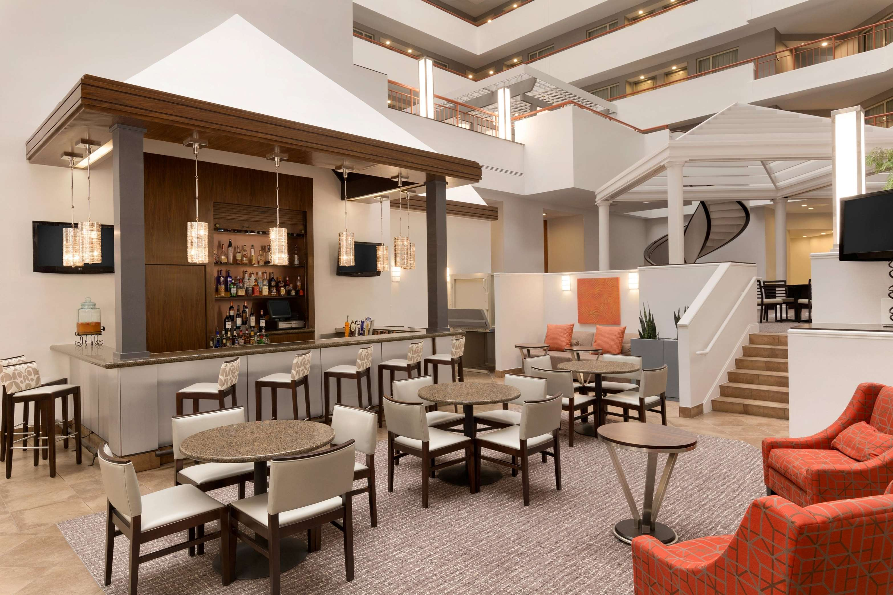 Embassy Suites by Hilton Baltimore at BWI Airport image 32