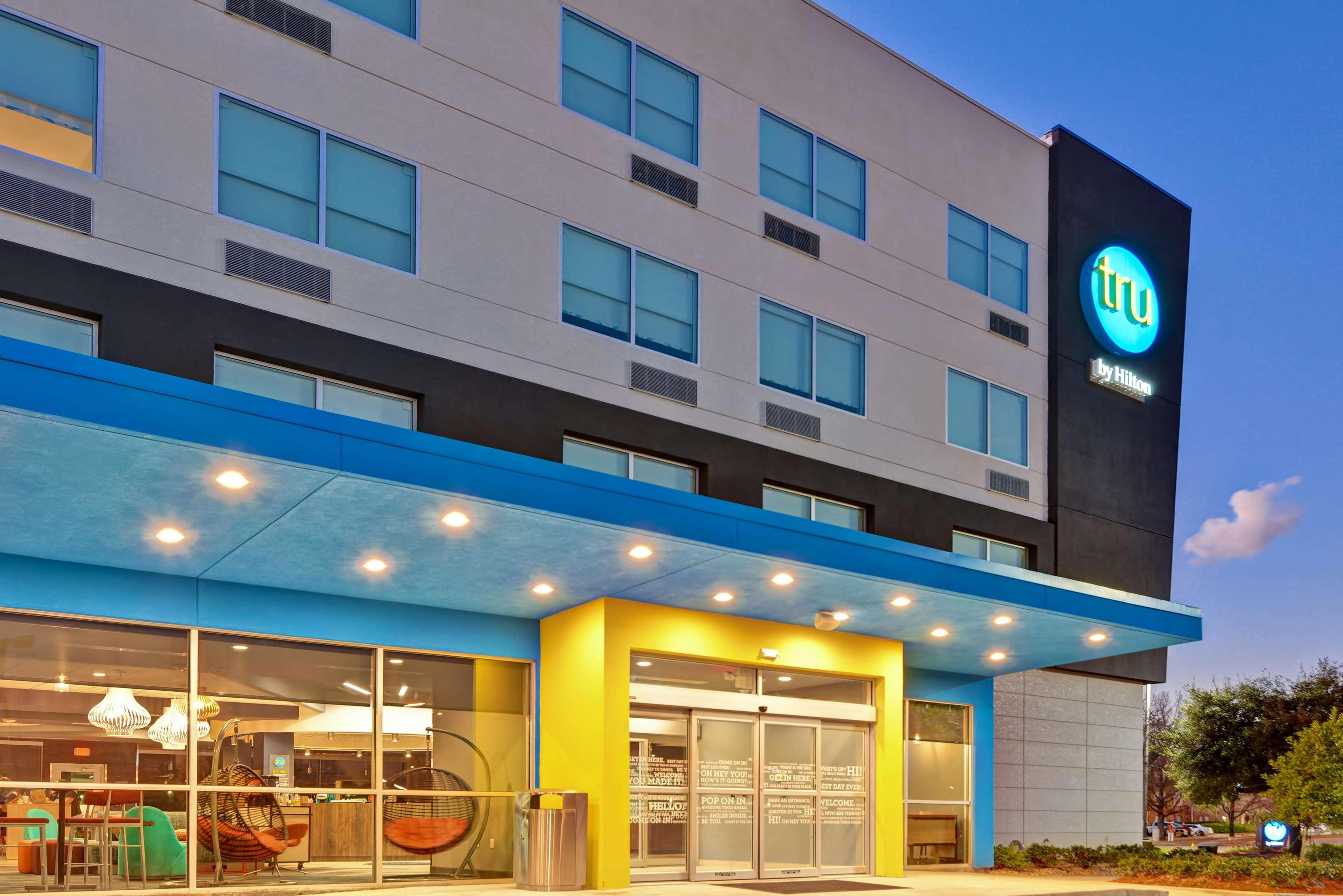 Tru by Hilton Baton Rouge Citiplace image 0