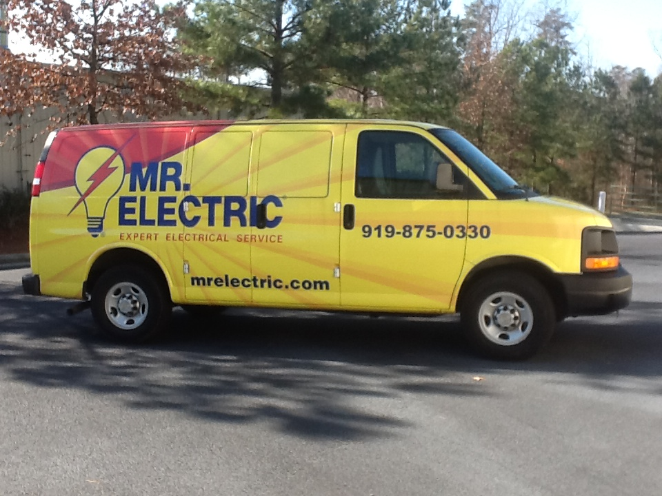 Electrician in NC Raleigh 27609 Mr. Electric 5100 Sweetbriar Dr  (919)205-0907