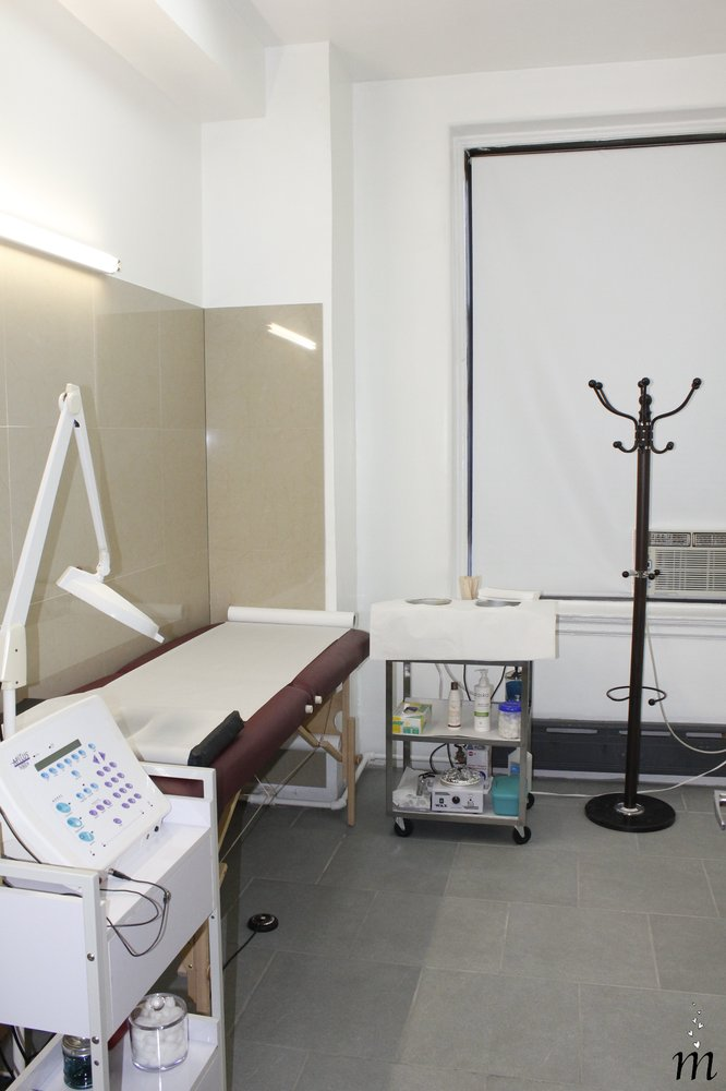 ESFIRsalon - Laser Hair Removal & Waxing image 4