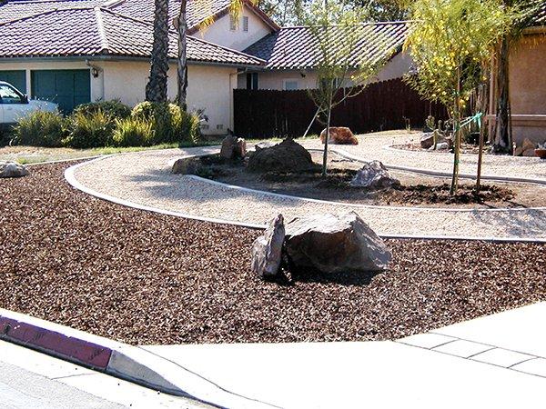 Curbscape Custom Concrete Landscape Borders image 0