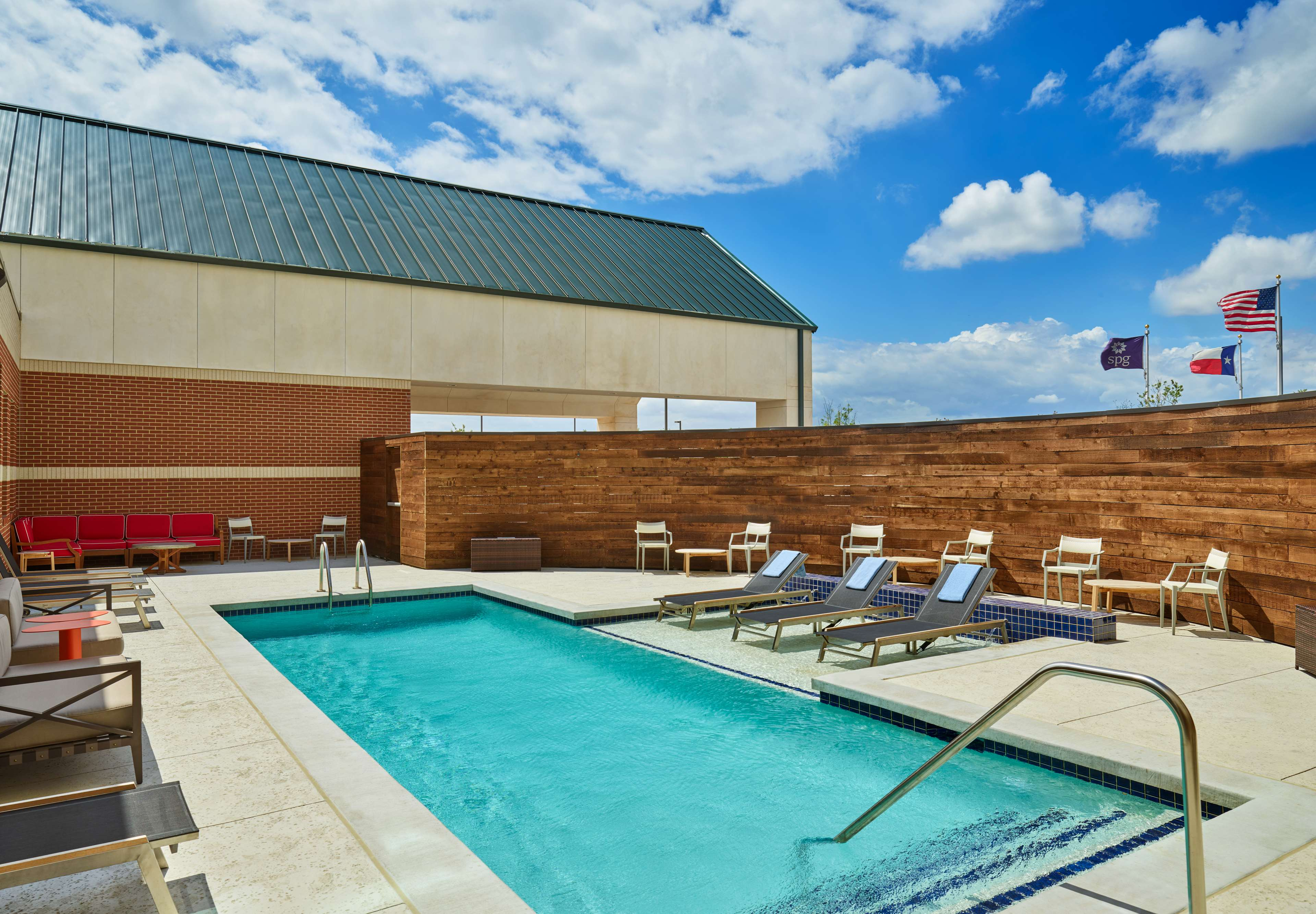 Four Points by Sheraton Dallas Fort Worth Airport North image 7