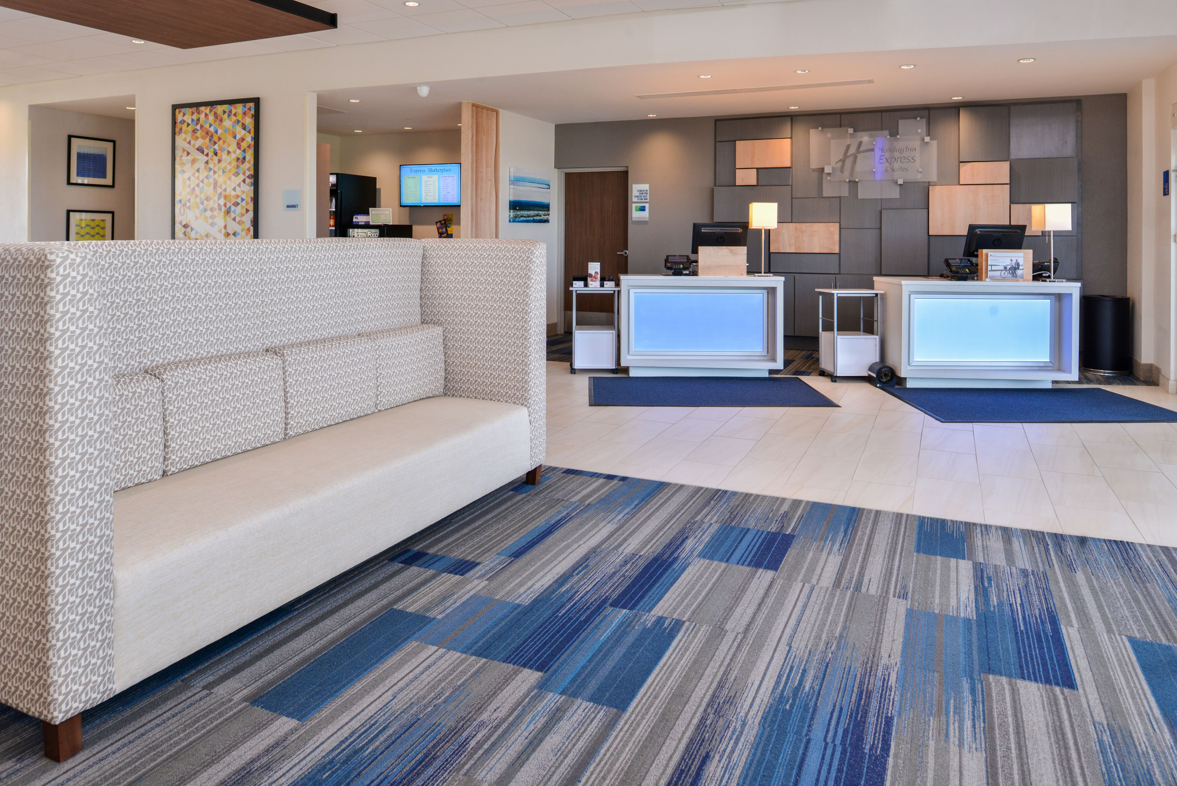 Holiday Inn Express & Suites Trinity image 4