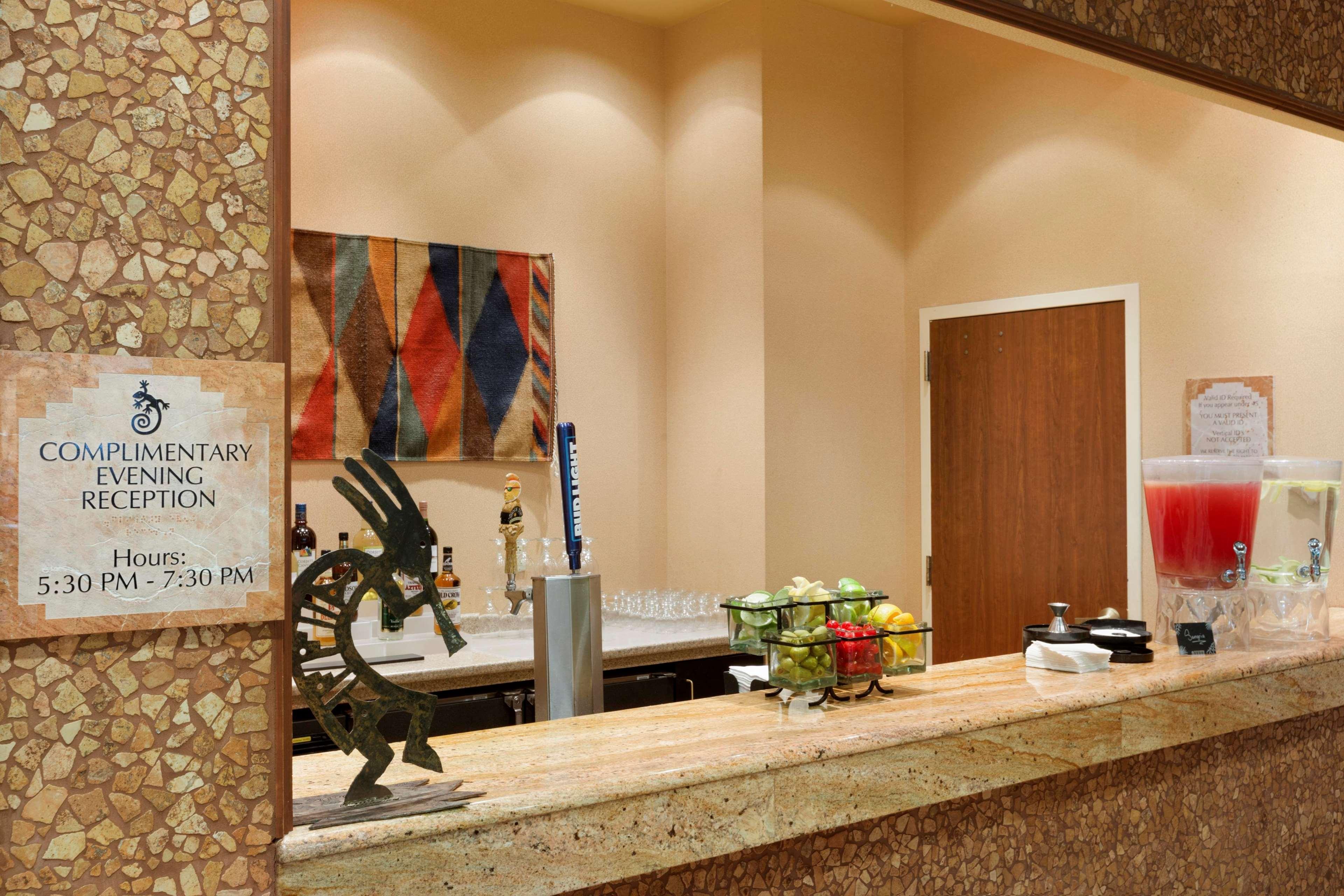 Embassy Suites by Hilton Albuquerque Hotel & Spa image 43
