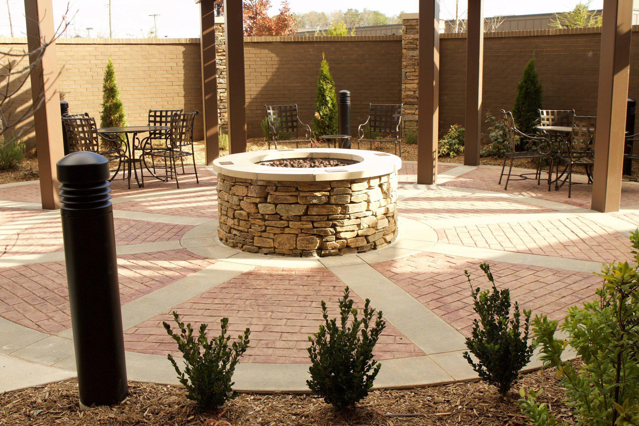 Courtyard by Marriott Asheville Airport