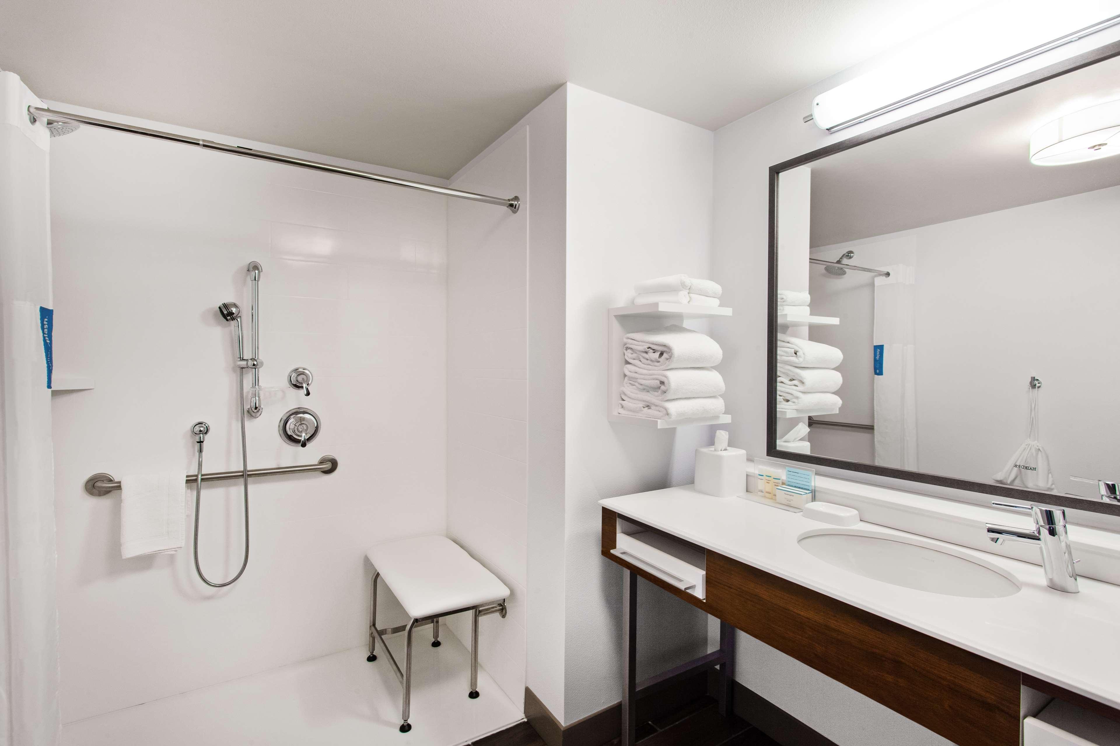 Hampton Inn & Suites Leavenworth image 23