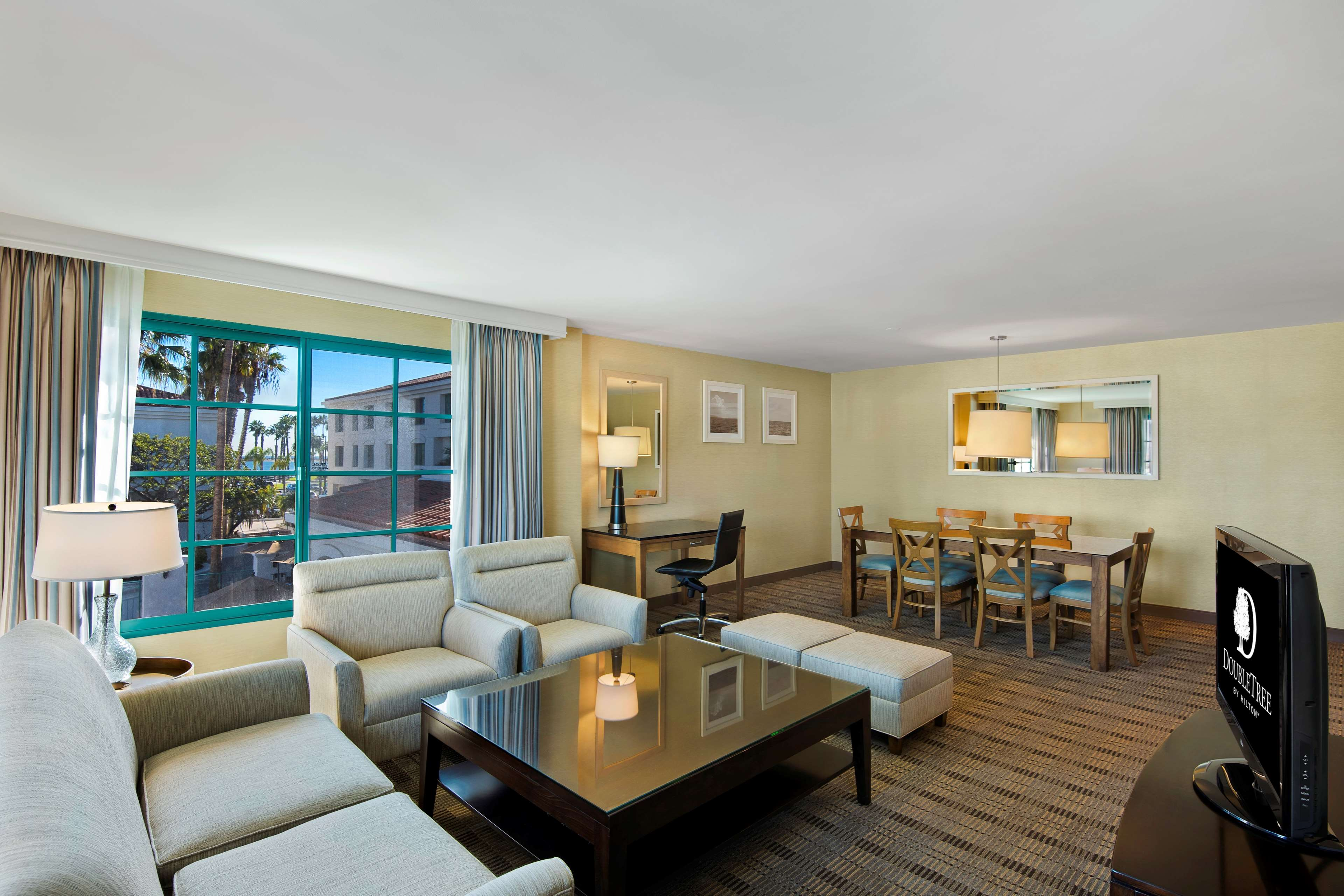DoubleTree by Hilton Hotel San Pedro - Port of Los Angeles image 16