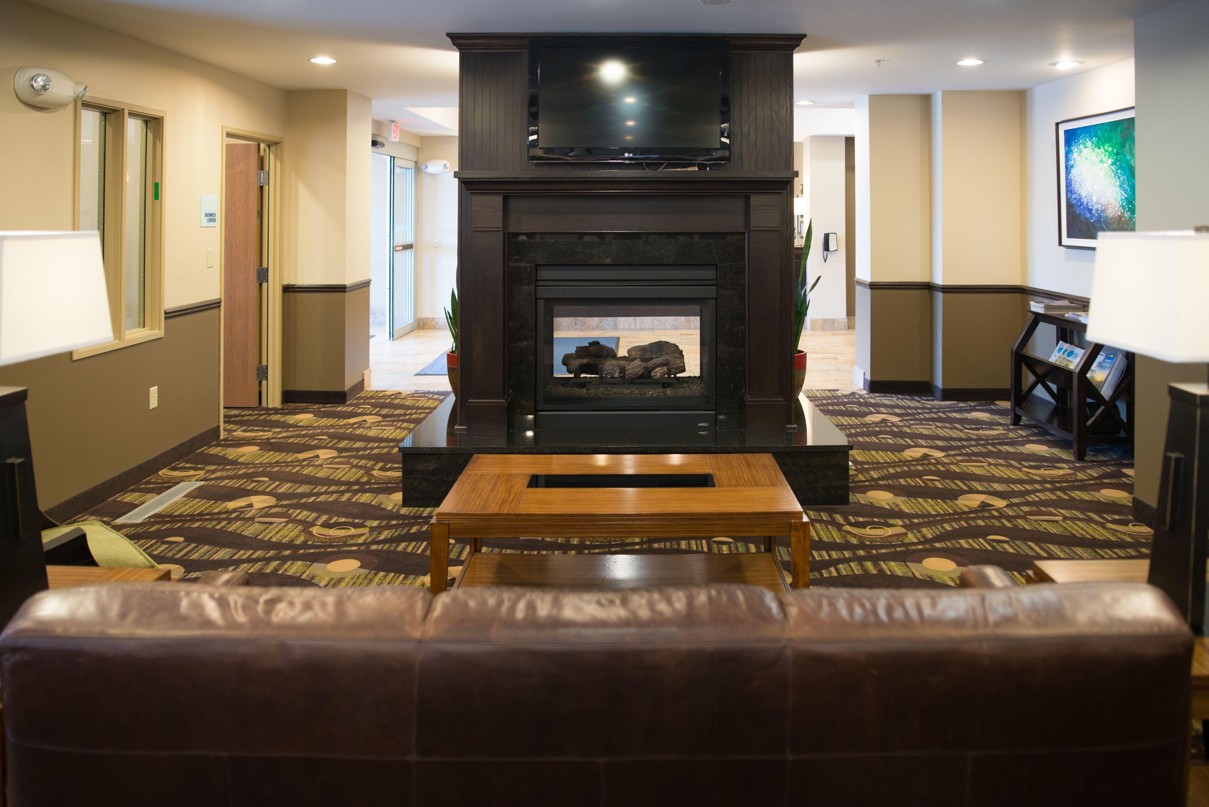 Holiday Inn Express & Suites Northwood image 6