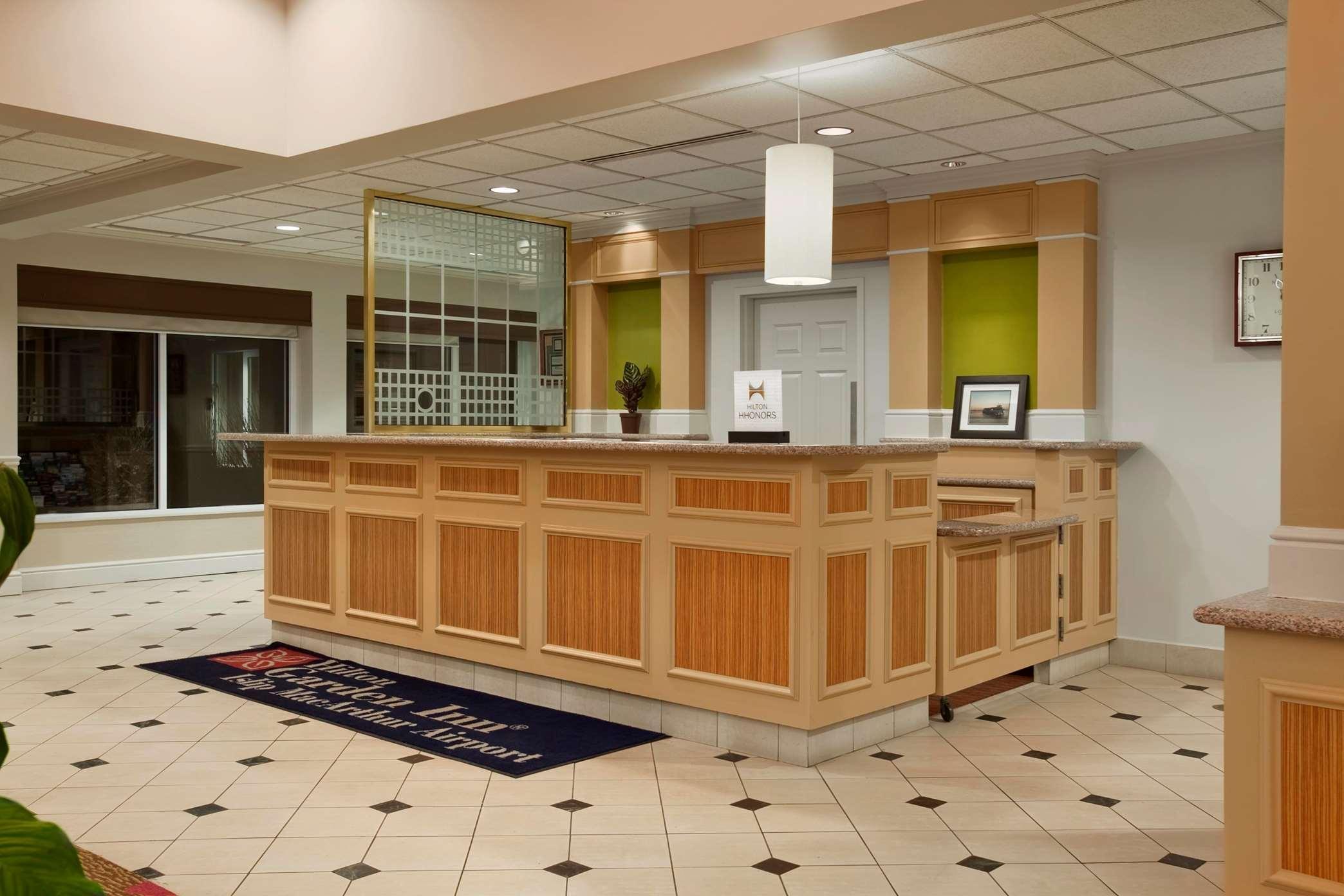 Hilton Garden Inn Islip/MacArthur Airport image 12