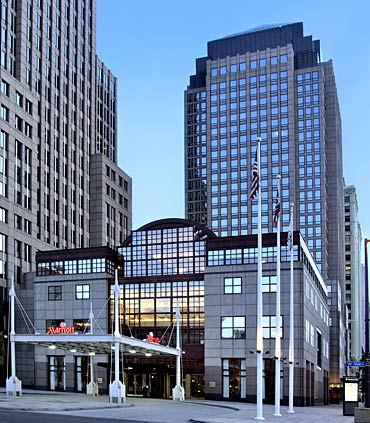 Welcome to the Cleveland Marriott Downtown, conveniently located in the center of the city.