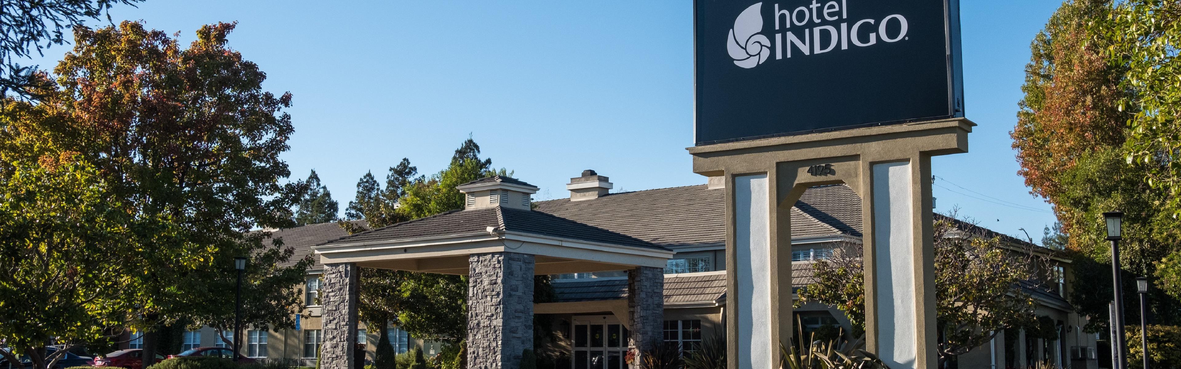 Hotel Indigo Napa Valley image 0