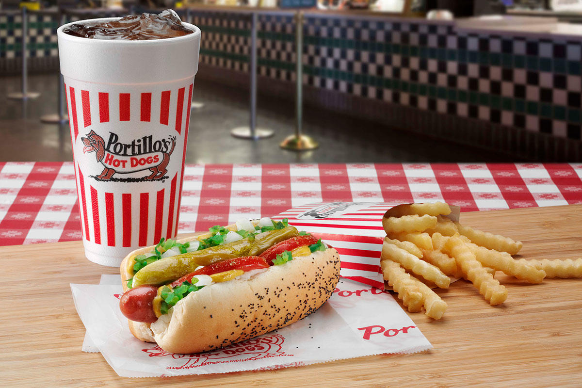 Portillo's Hot Dogs image 2