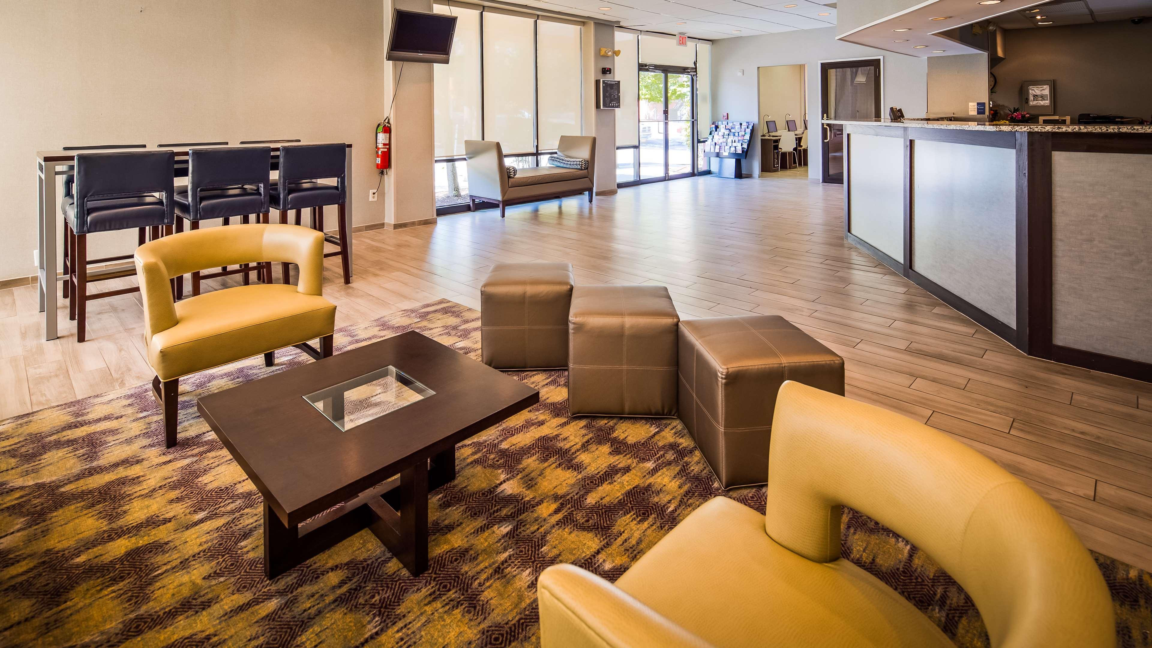 Best Western Pentagon Hotel - Reagan Airport image 18