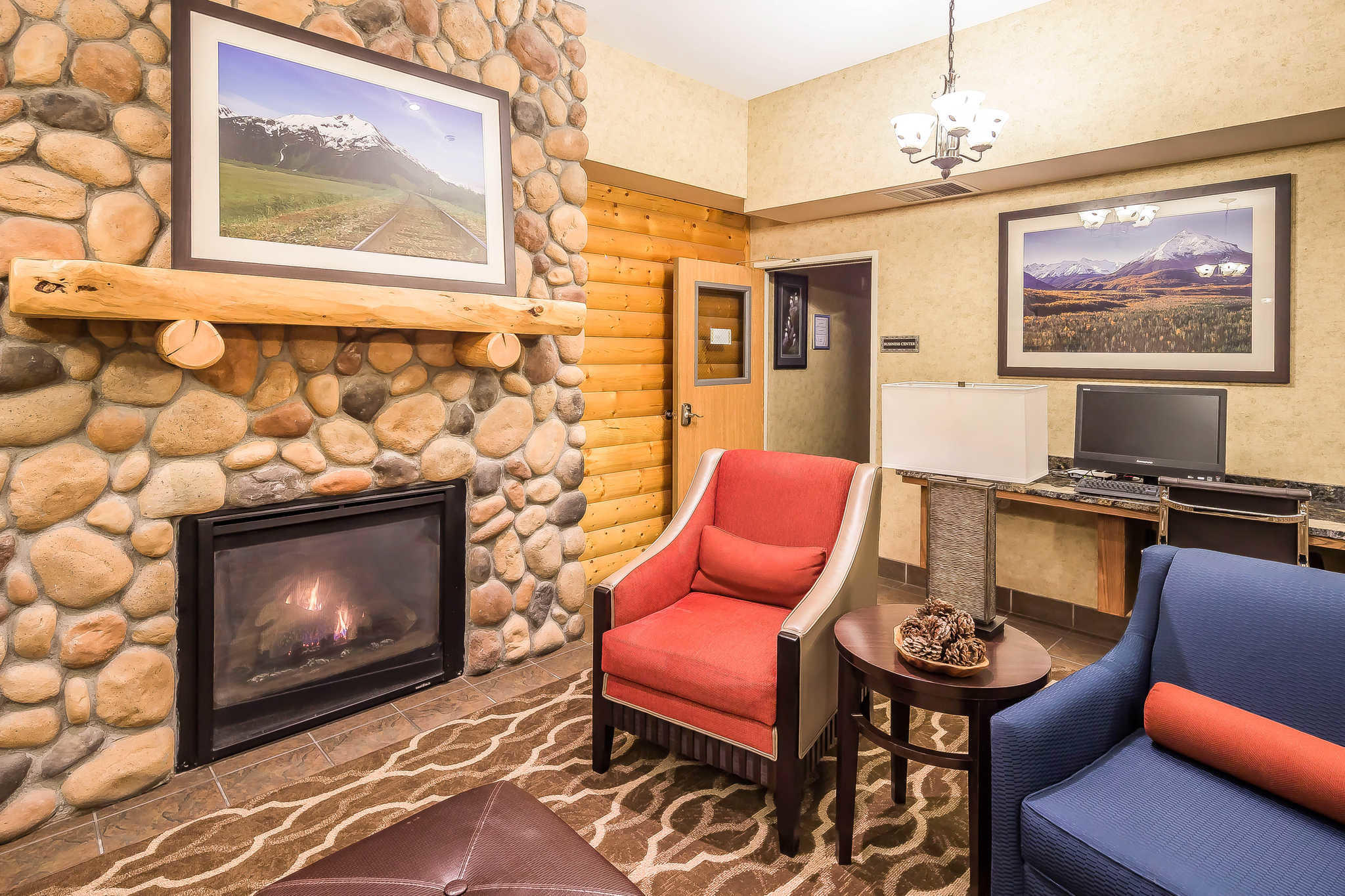 Comfort Suites Anchorage International Airport image 34