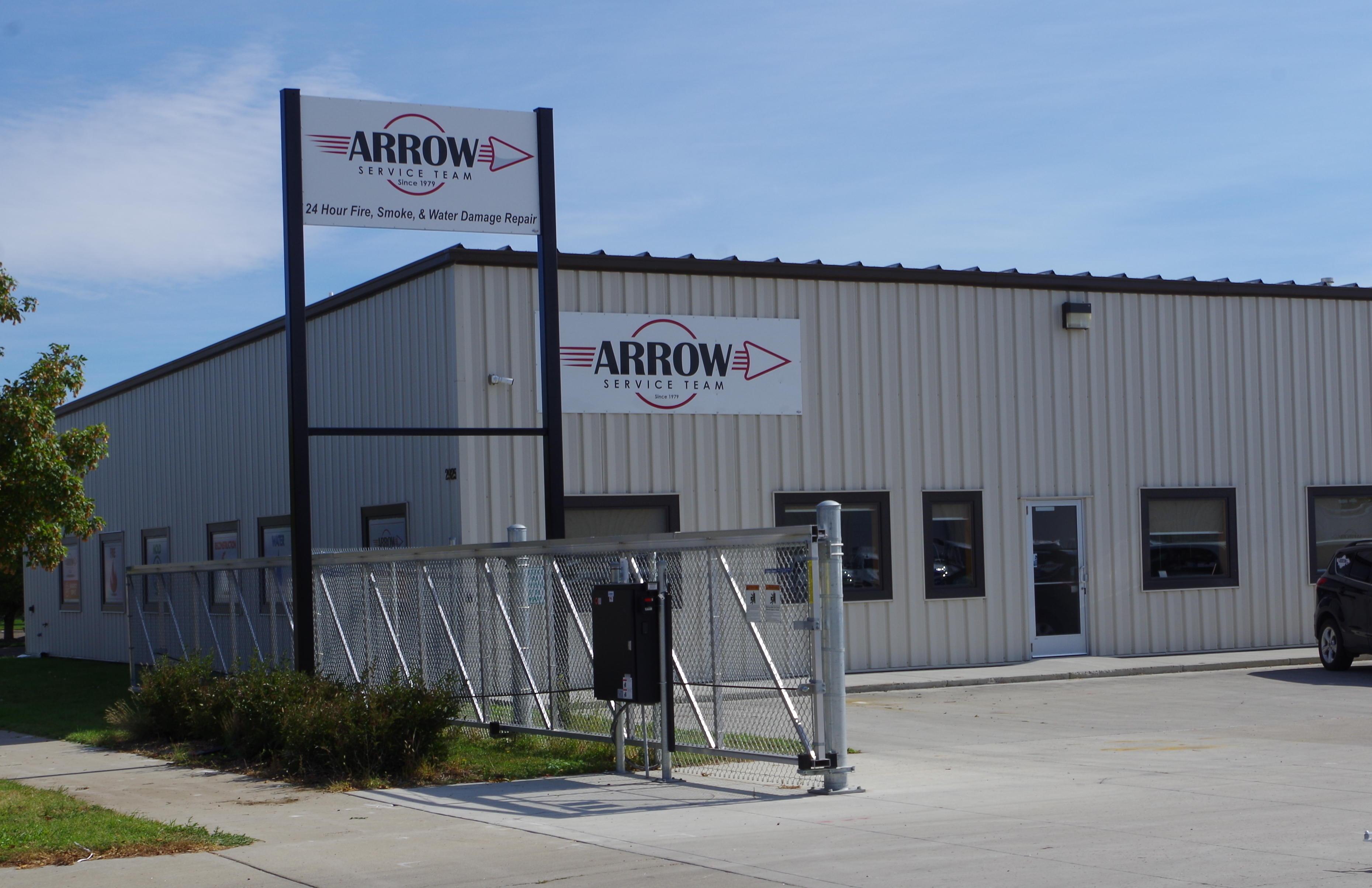 Arrow Service Team image 0
