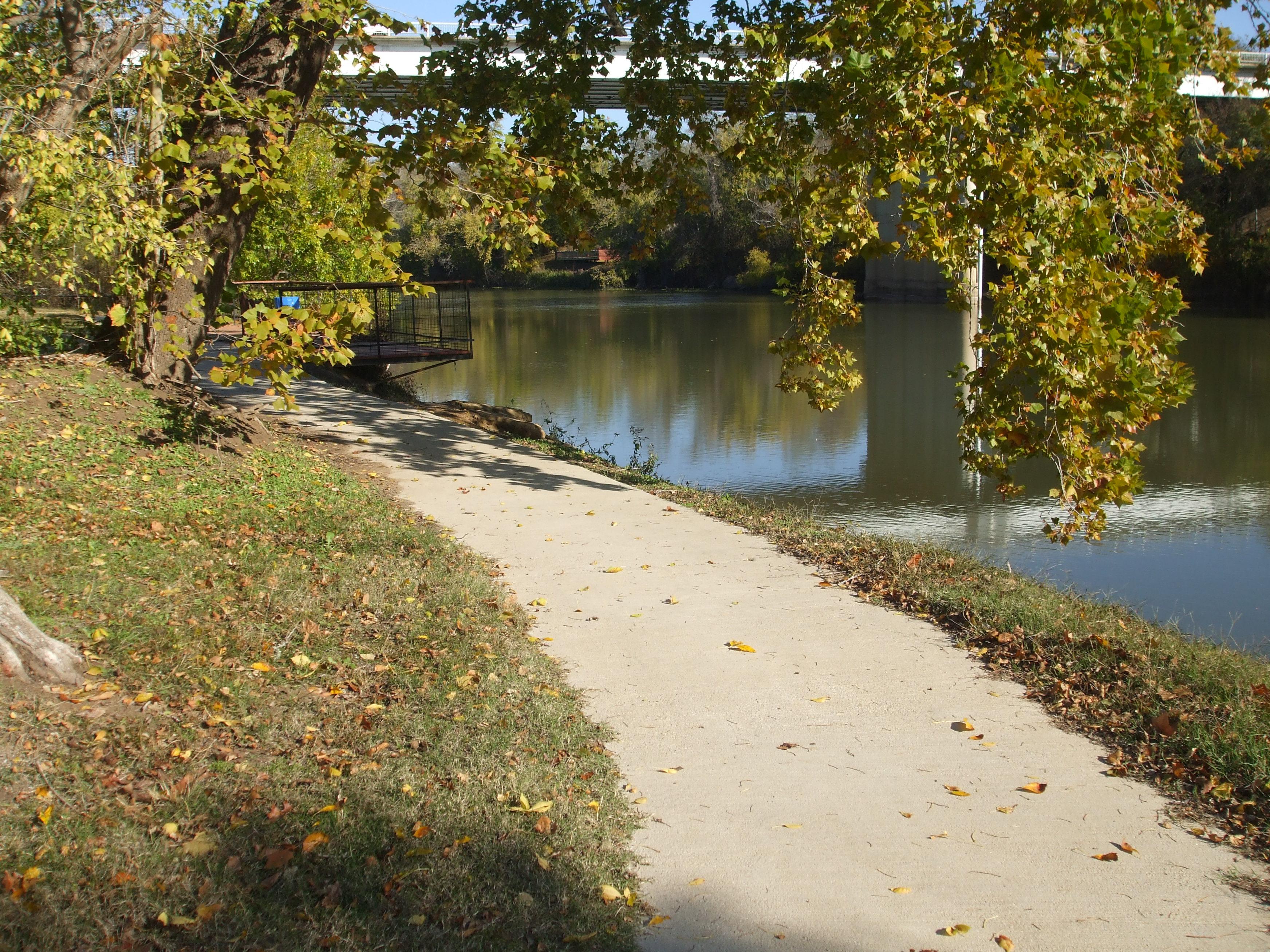 Bastrop / SE Austin / Colorado River KOA Holiday image 0