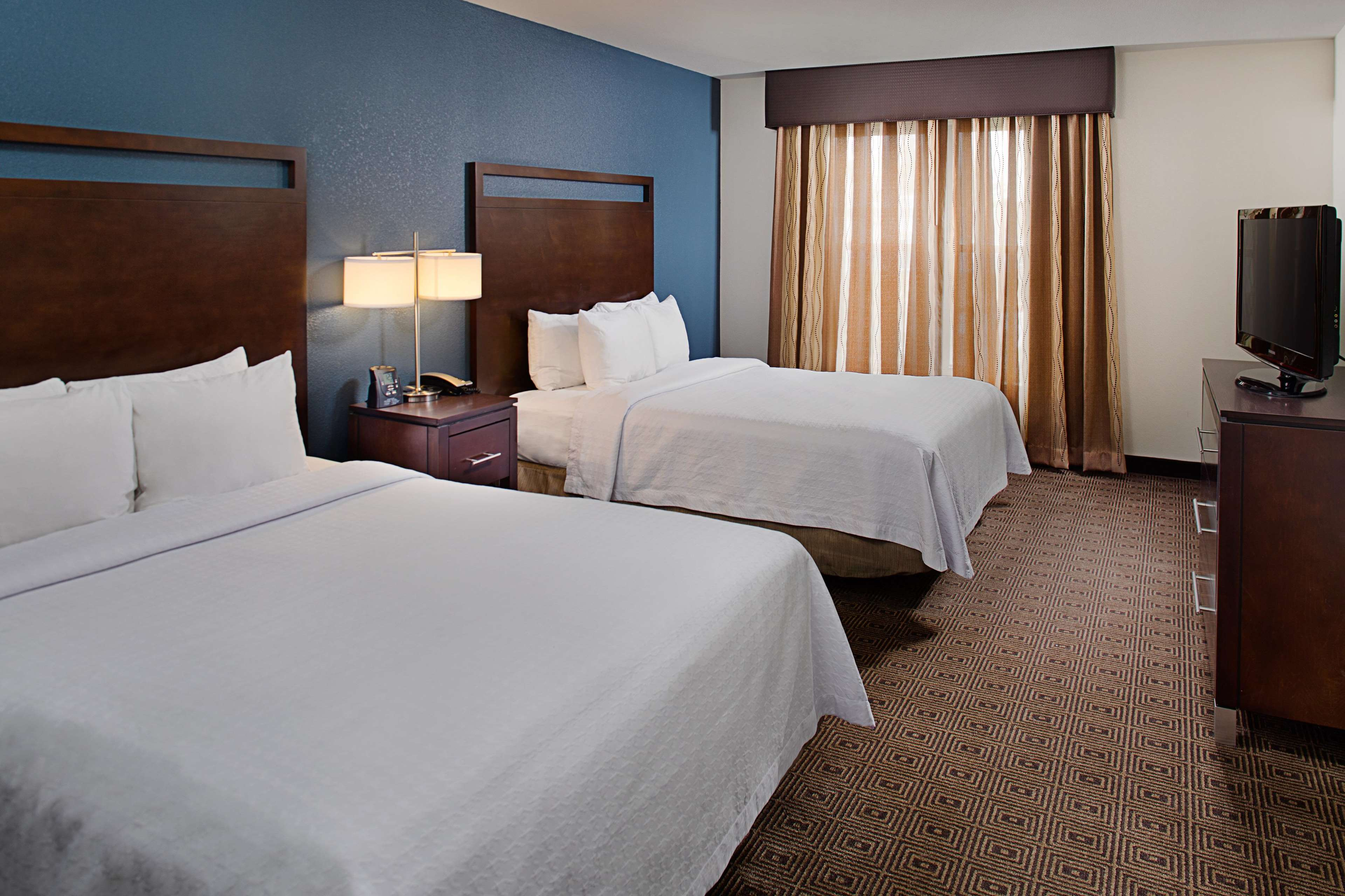 Homewood Suites by Hilton Manchester/Airport image 6