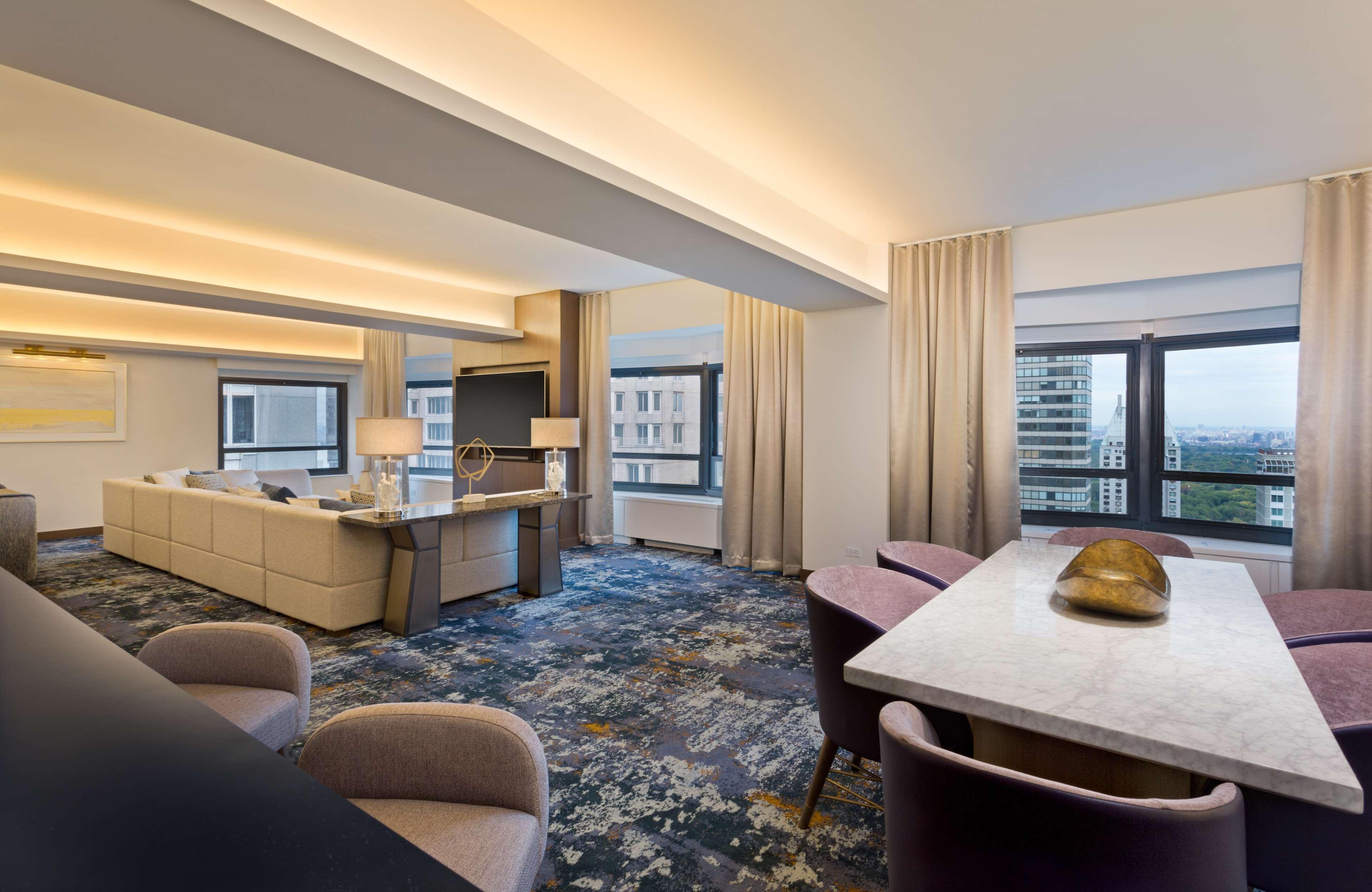 New York Hilton Midtown image 21