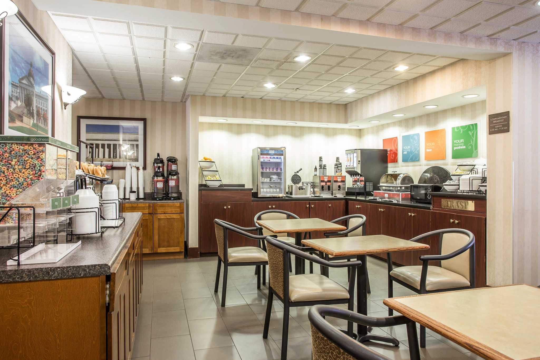 Comfort Inn & Suites Ft.Jackson Maingate image 22