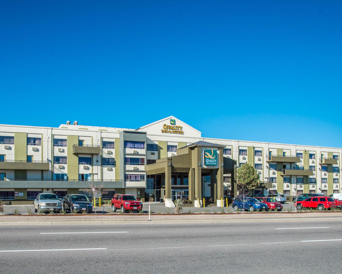 Best Hotels Near Denver International Airport