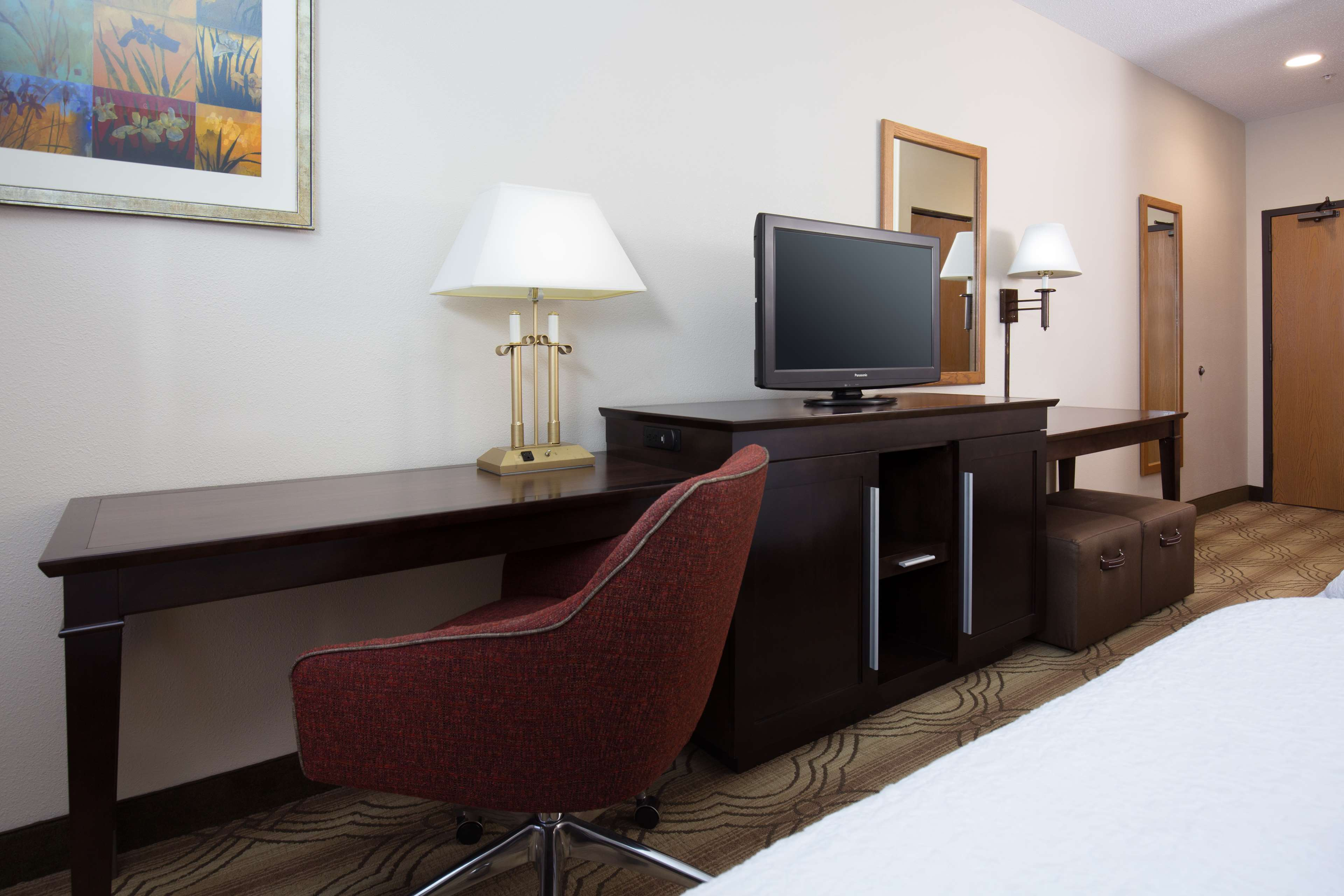 Hampton Inn & Suites Ft. Wayne-North image 29