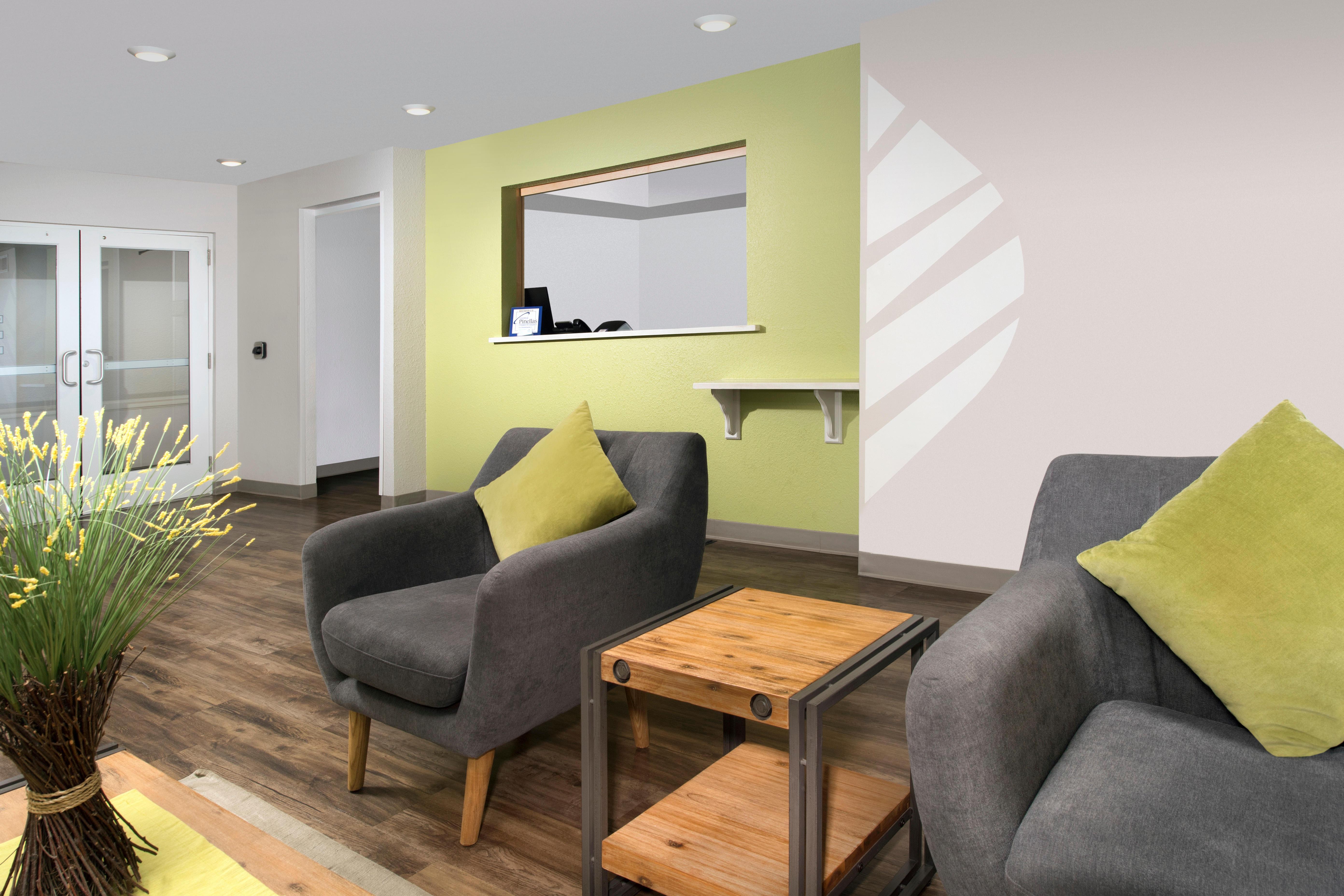WoodSpring Suites Clearwater image 7