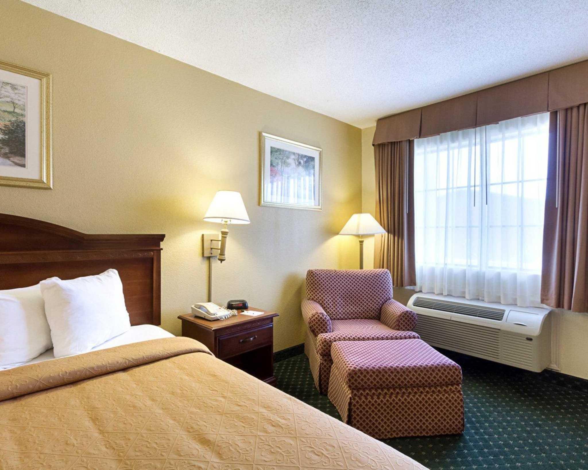 Quality Inn & Suites Southwest image 12