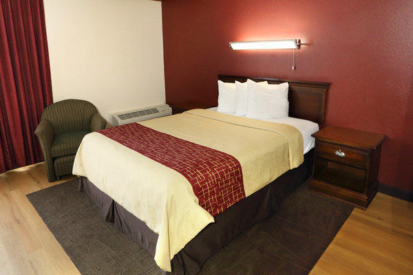 TownHouse Hotel Grand Forks image 6