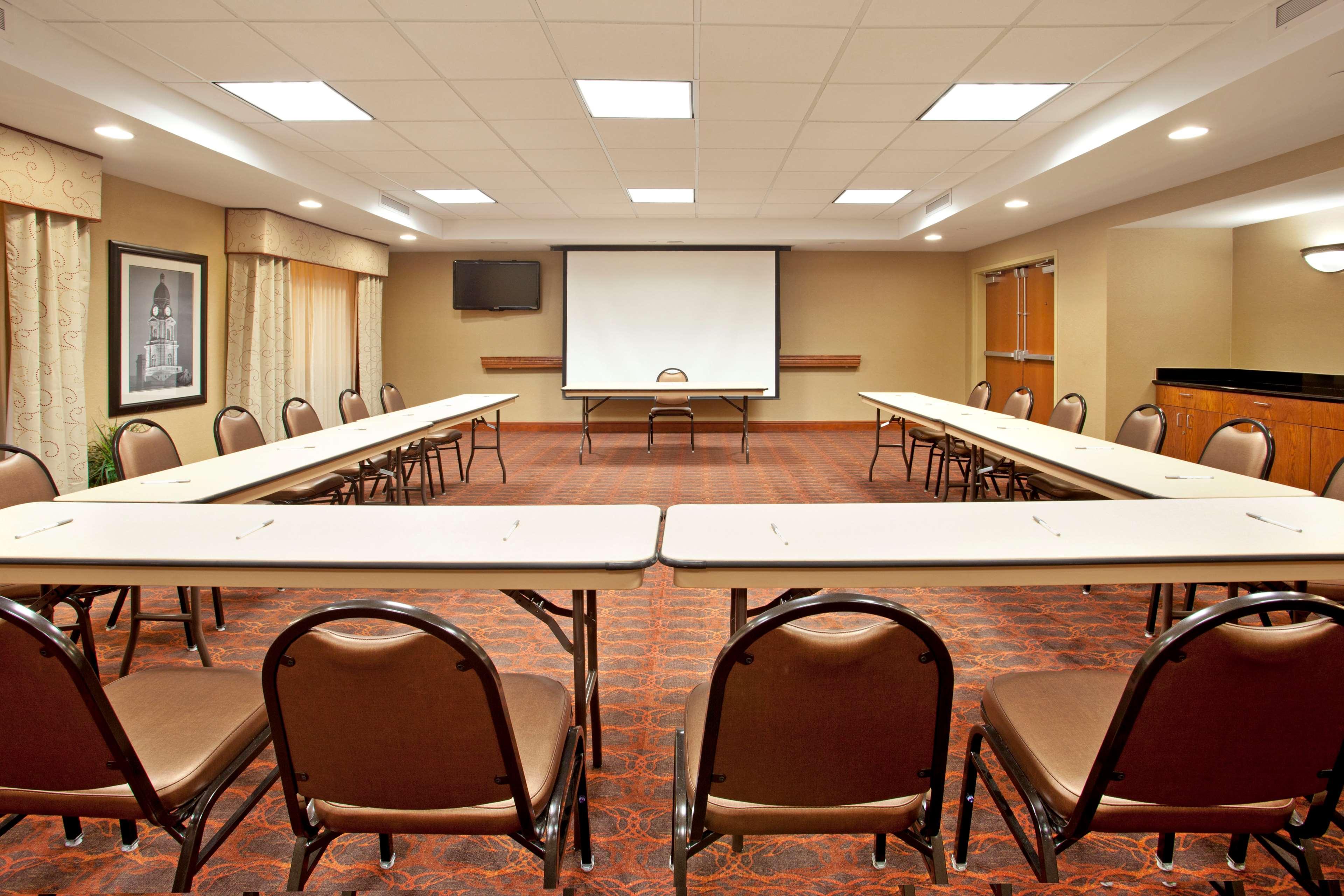 Hampton Inn & Suites Fort Worth-West-I-30 image 28