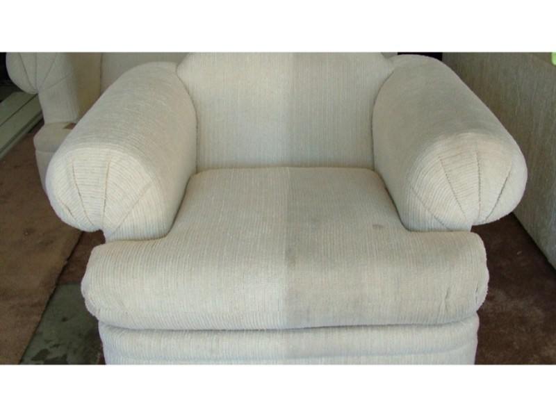 Full Circle Carpet and Upholstery Cleaning image 4