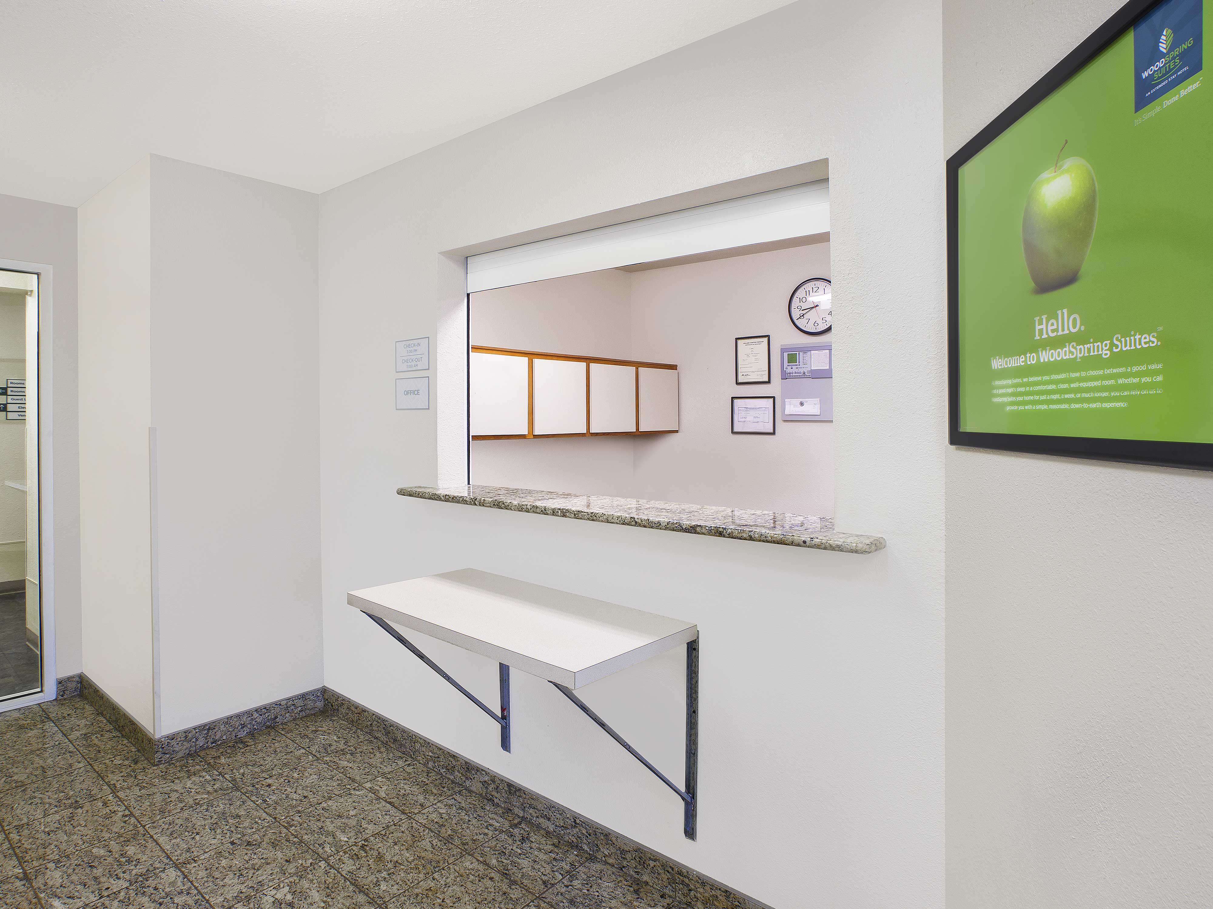 WoodSpring Suites Grand Rapids Holland image 5