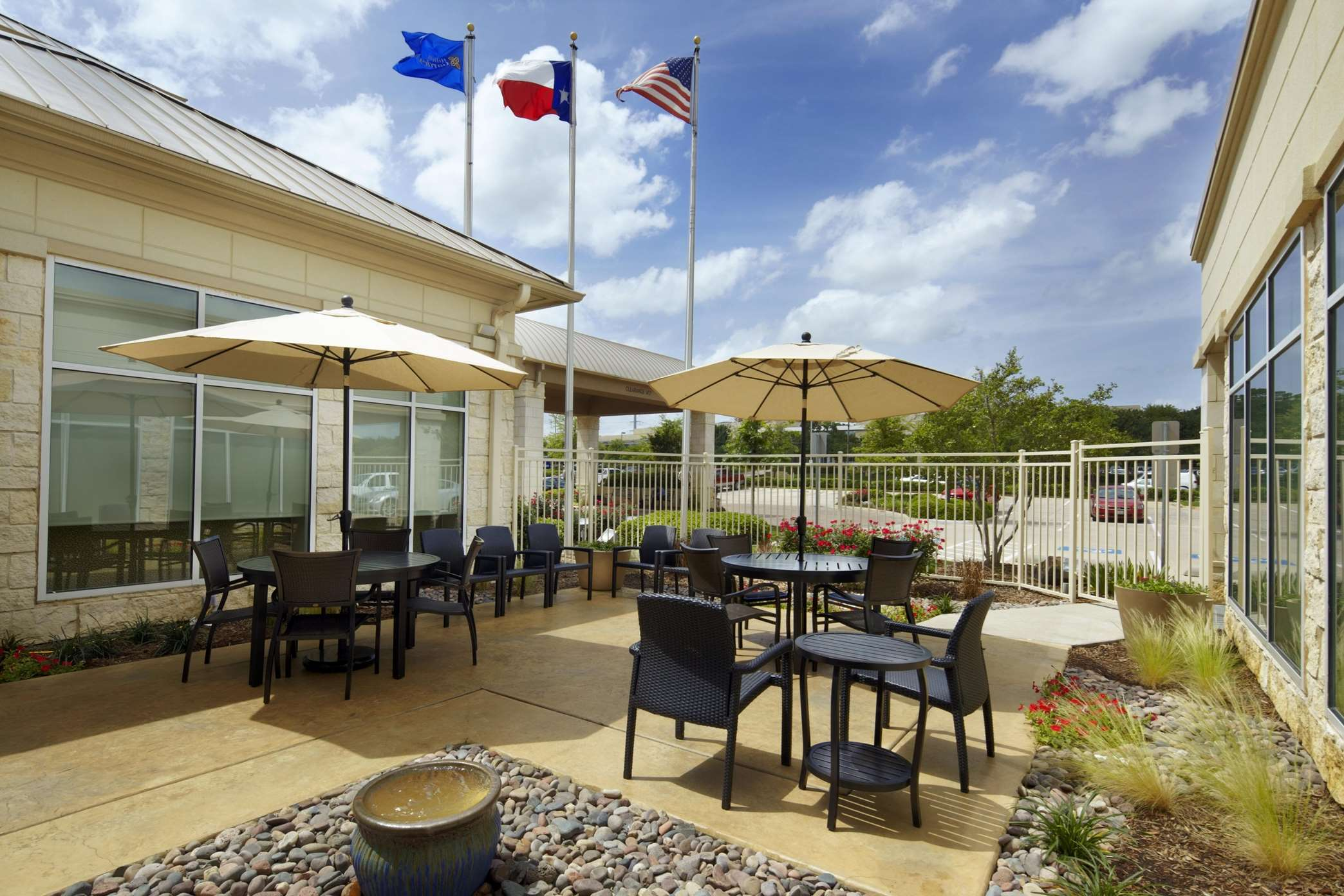 Hilton Garden Inn Dallas/Arlington image 33