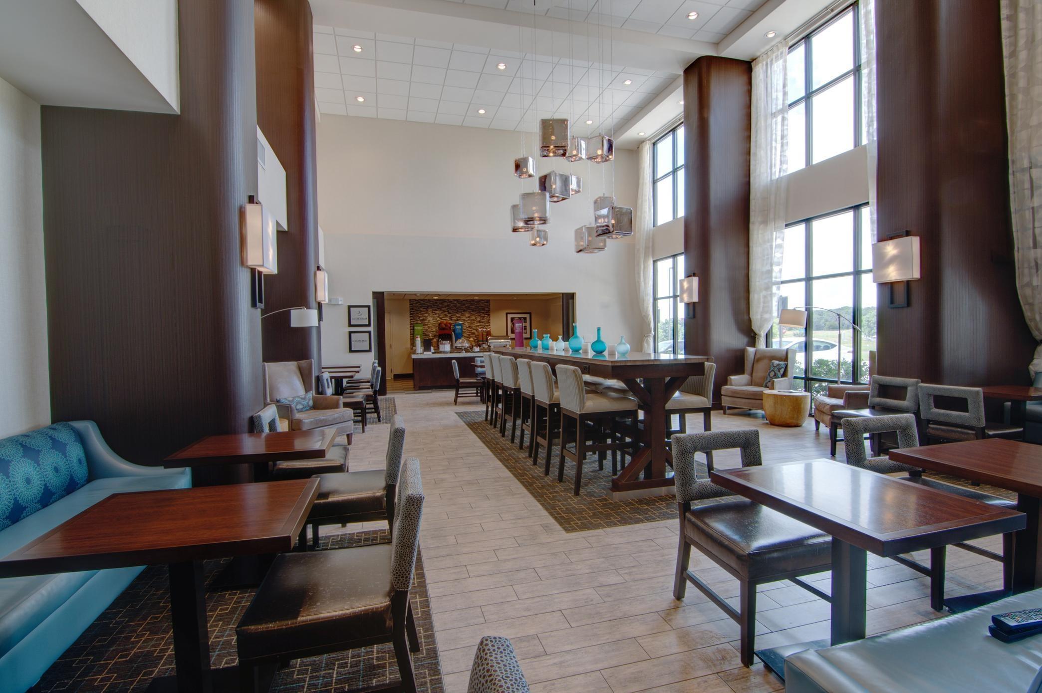 Hampton Inn & Suites Trophy Club - Fort Worth North image 4