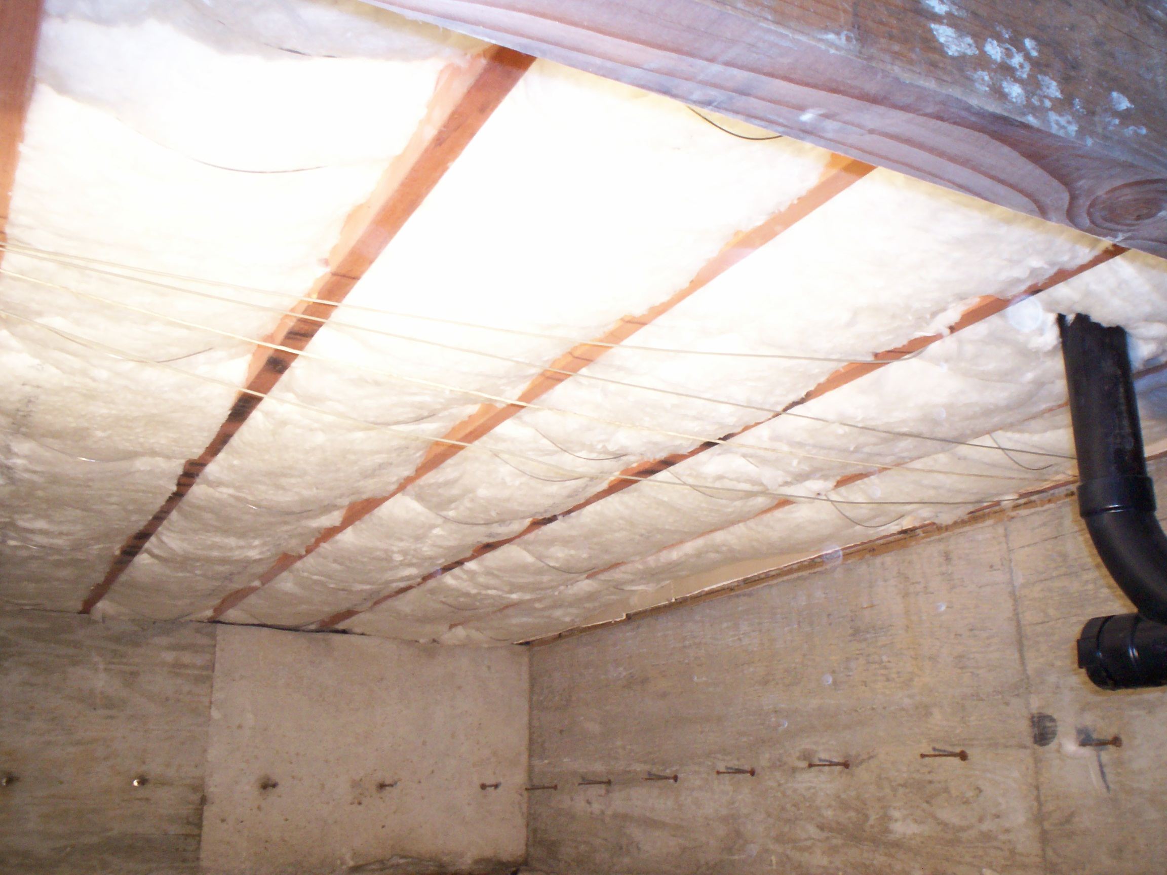 Clean Crawls – Insulation Install & Removal: Seattle image 0