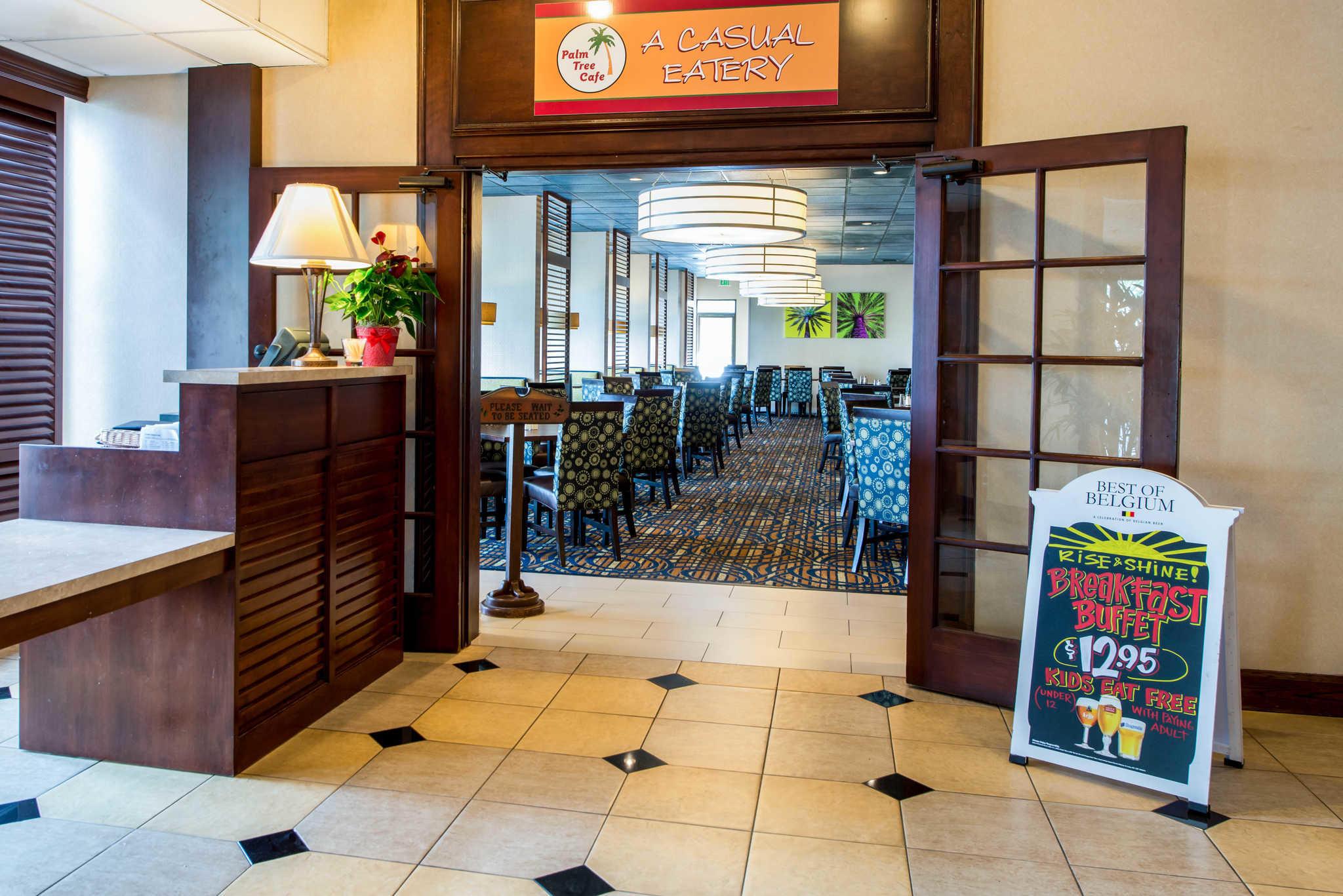 Clarion Hotel Anaheim Resort image 15