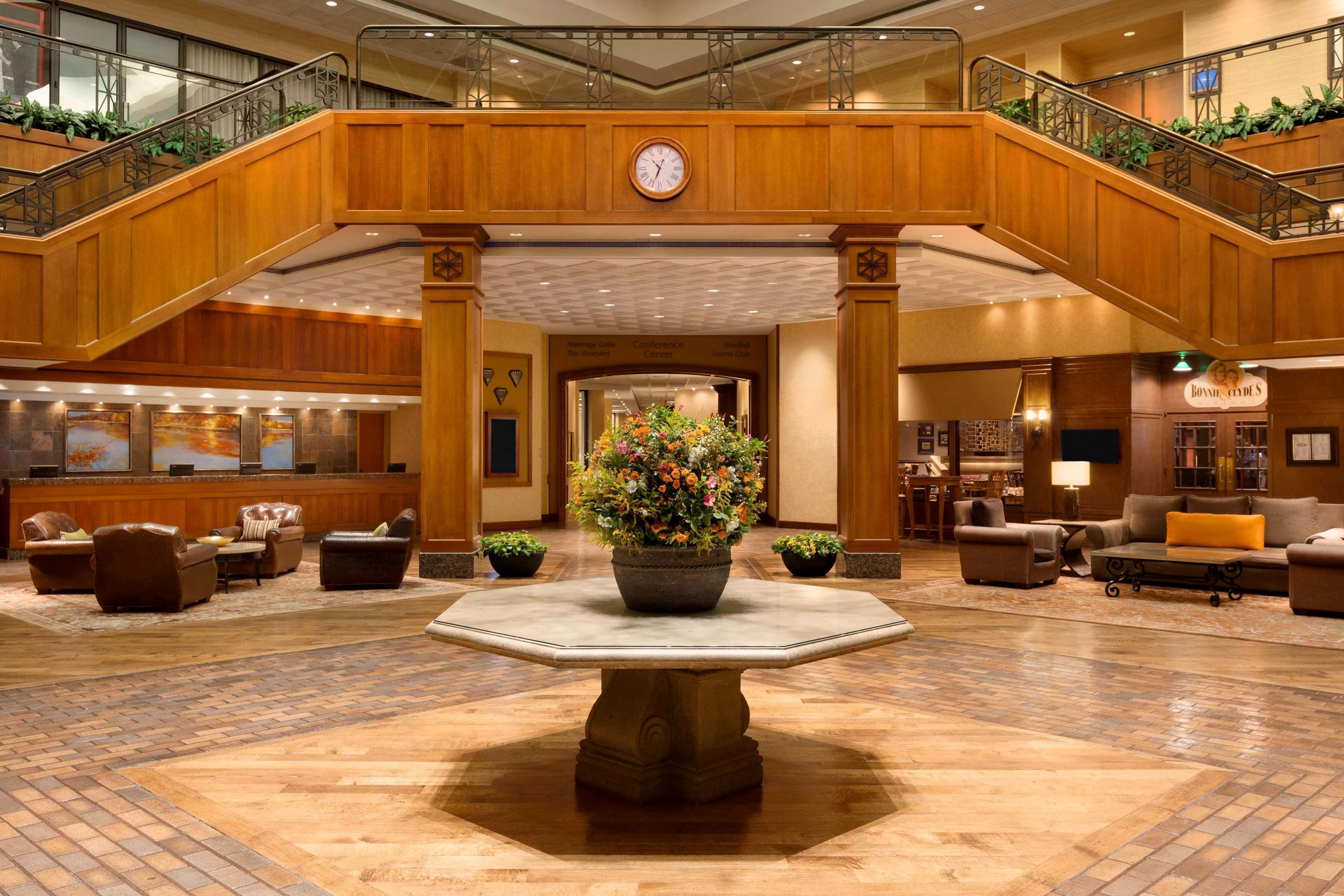 Hilton DFW Lakes Executive Conference Center image 3