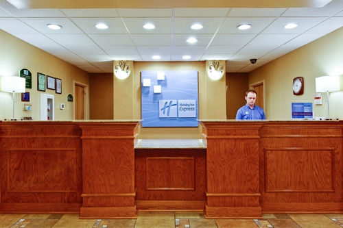 Holiday Inn Express & Suites Daphne-Spanish Fort Area image 2