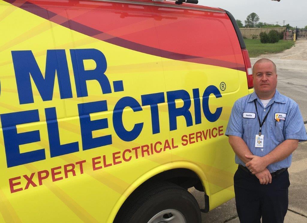 Mr. Electric image 38