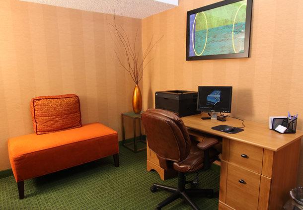 Fairfield Inn & Suites by Marriott Minneapolis-St. Paul Airport image 6