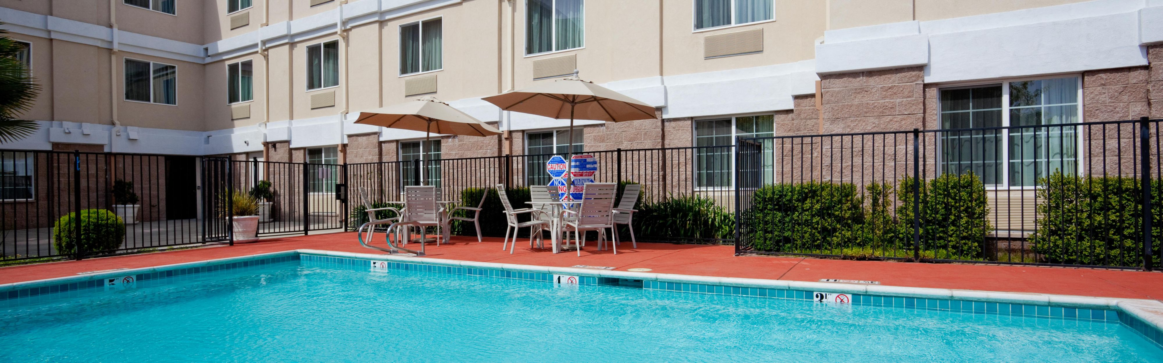 Holiday Inn Express & Suites Livermore image 2