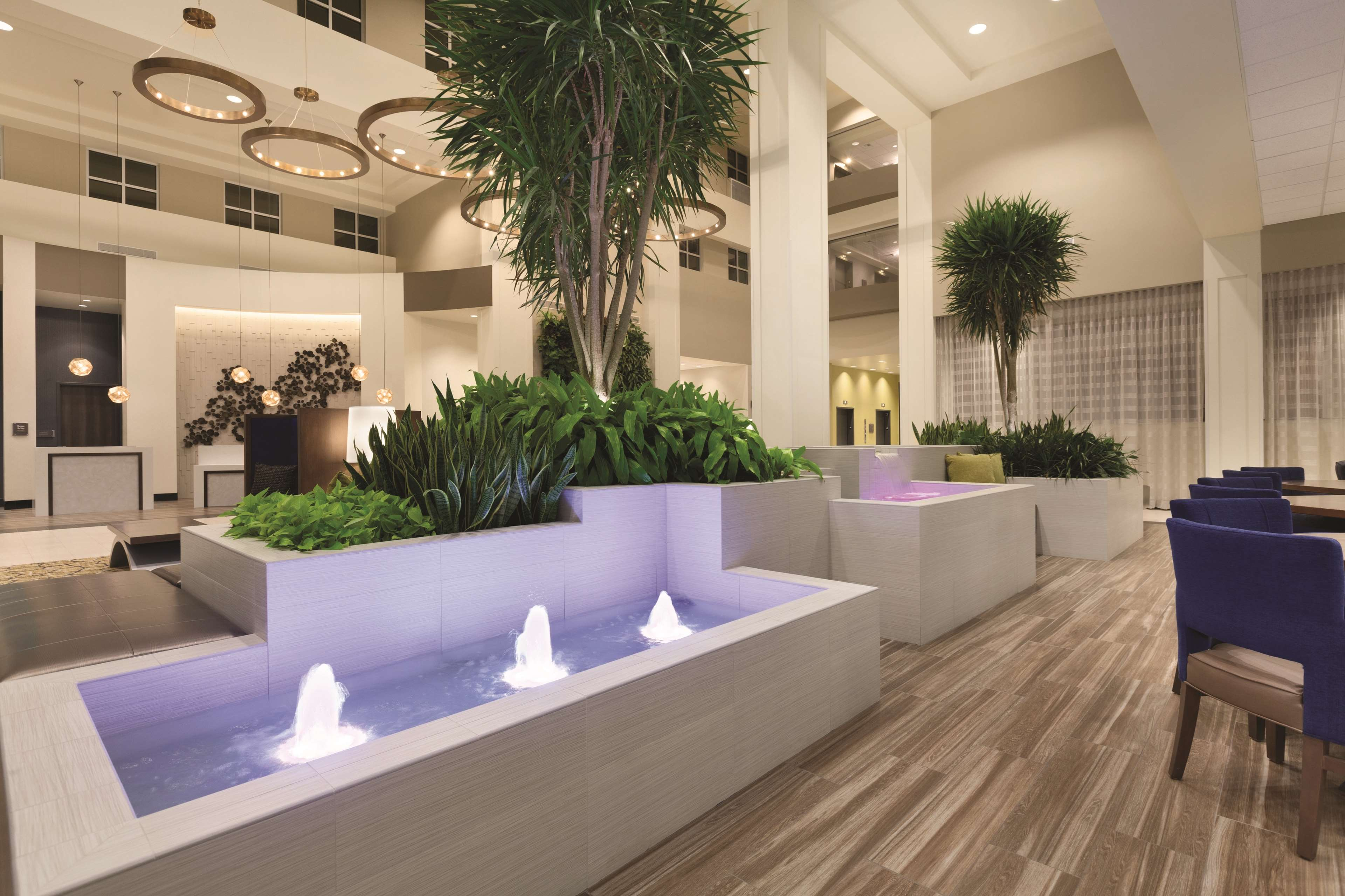 Embassy Suites by Hilton Portland Hillsboro, Oregon image 3