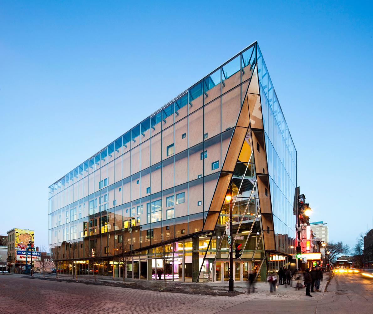 Aedifica à Montréal: Architecture, Sustainable Design -  2-22, Sainte-Catherine Street, Montréal