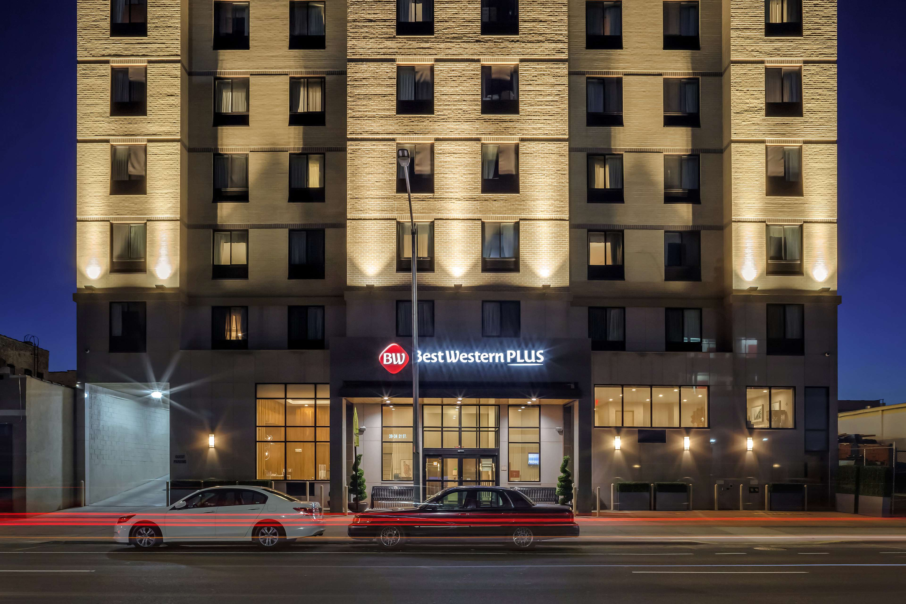 Best Western Plus Plaza Hotel image 3