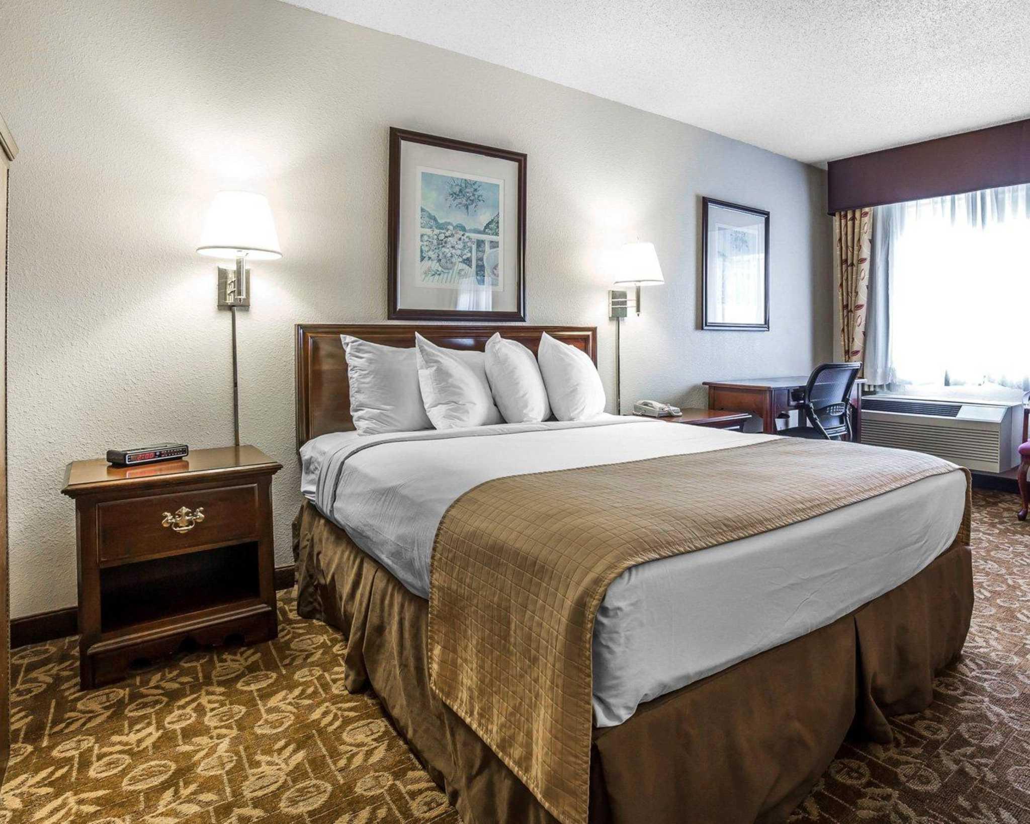 Quality Inn & Suites Minden US-395 image 6