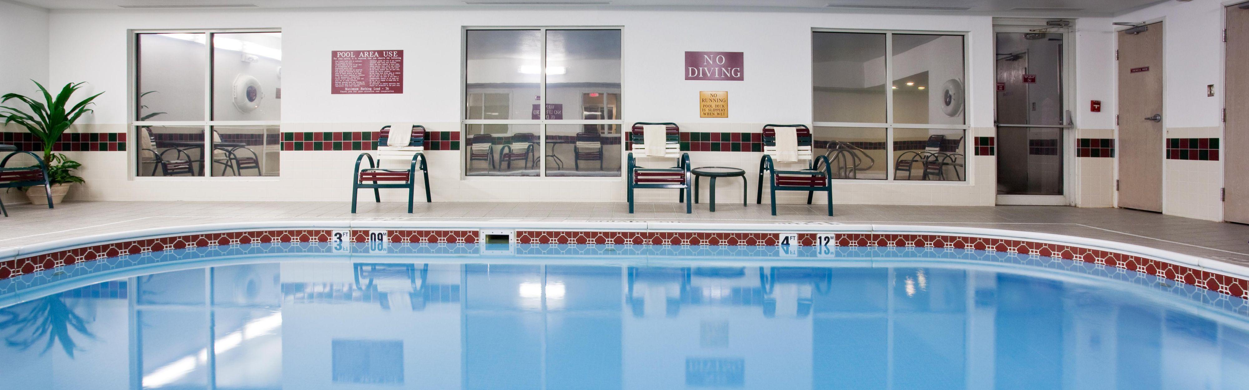 Holiday Inn Express Greeley image 2