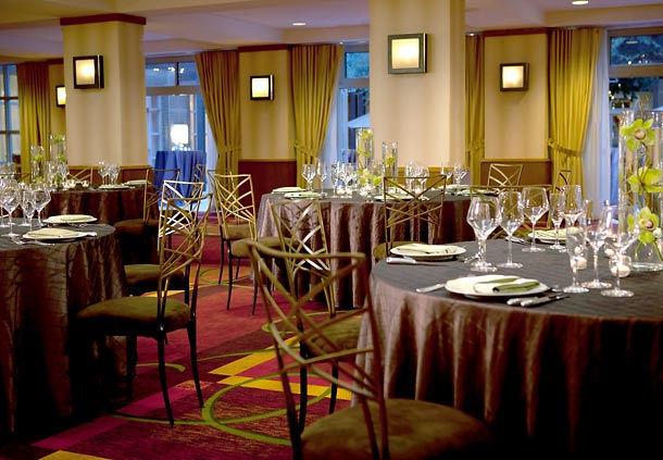 Renaissance Charlotte SouthPark Hotel image 7
