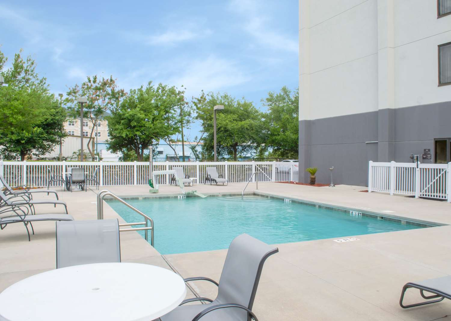 Hampton Inn Tampa-Veterans Expwy (Airport North) image 3