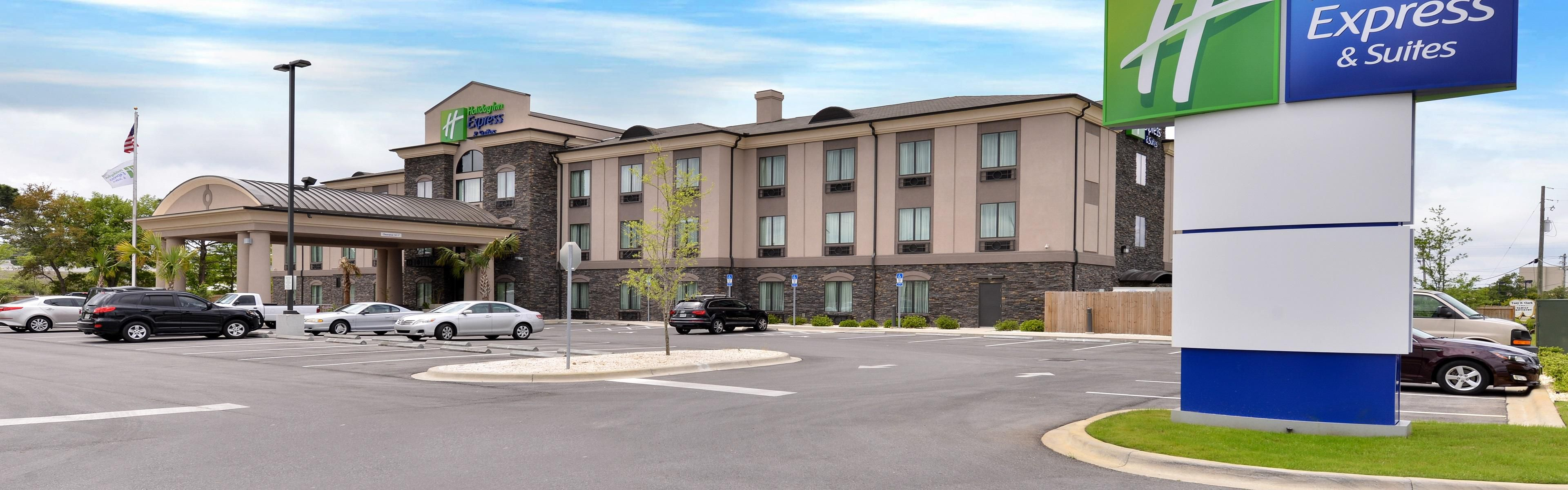 Holiday Inn Express & Suites Ft. Walton Bch - Hurlburt Area image 0