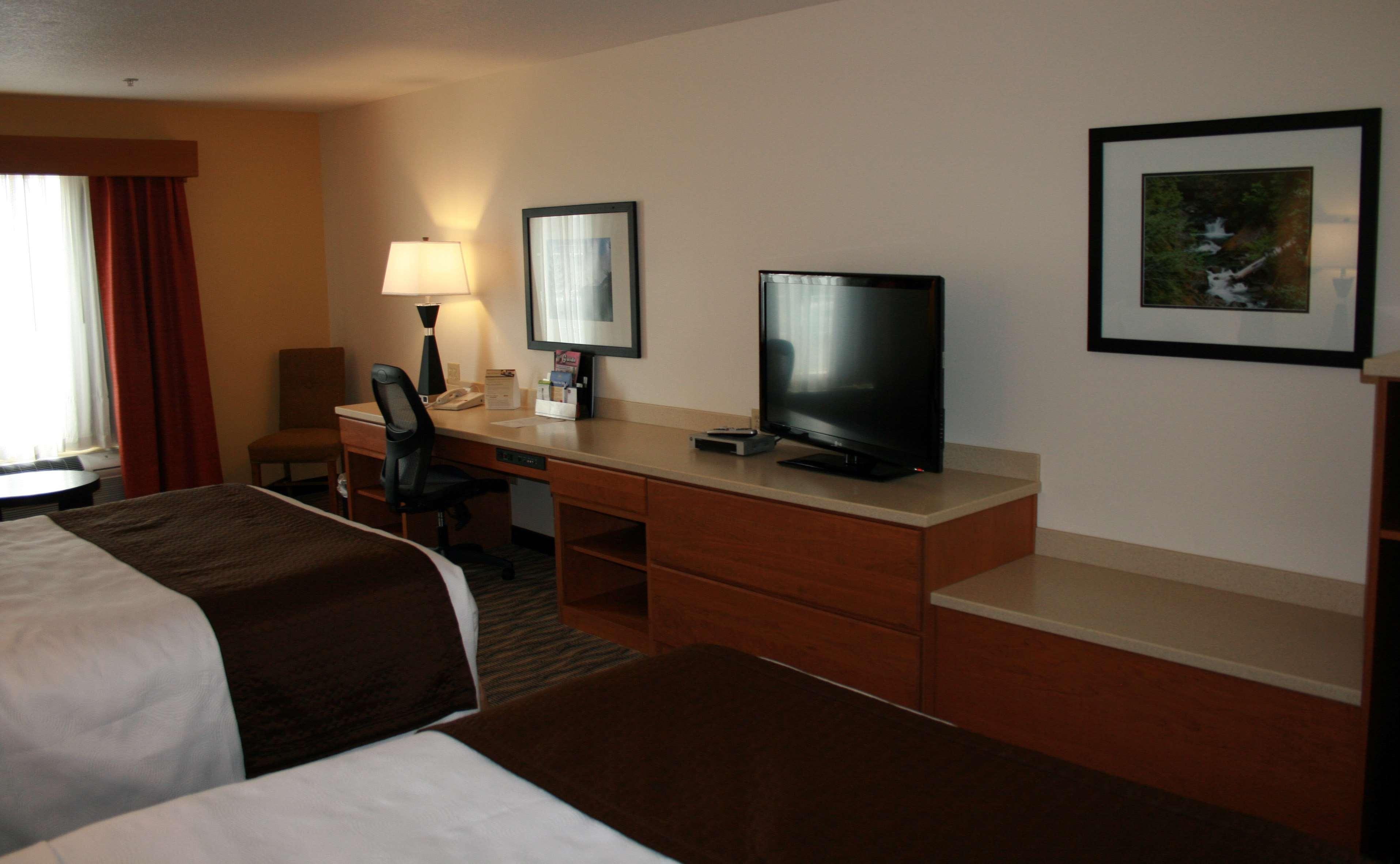 Best Western Plus Park Place Inn & Suites image 23